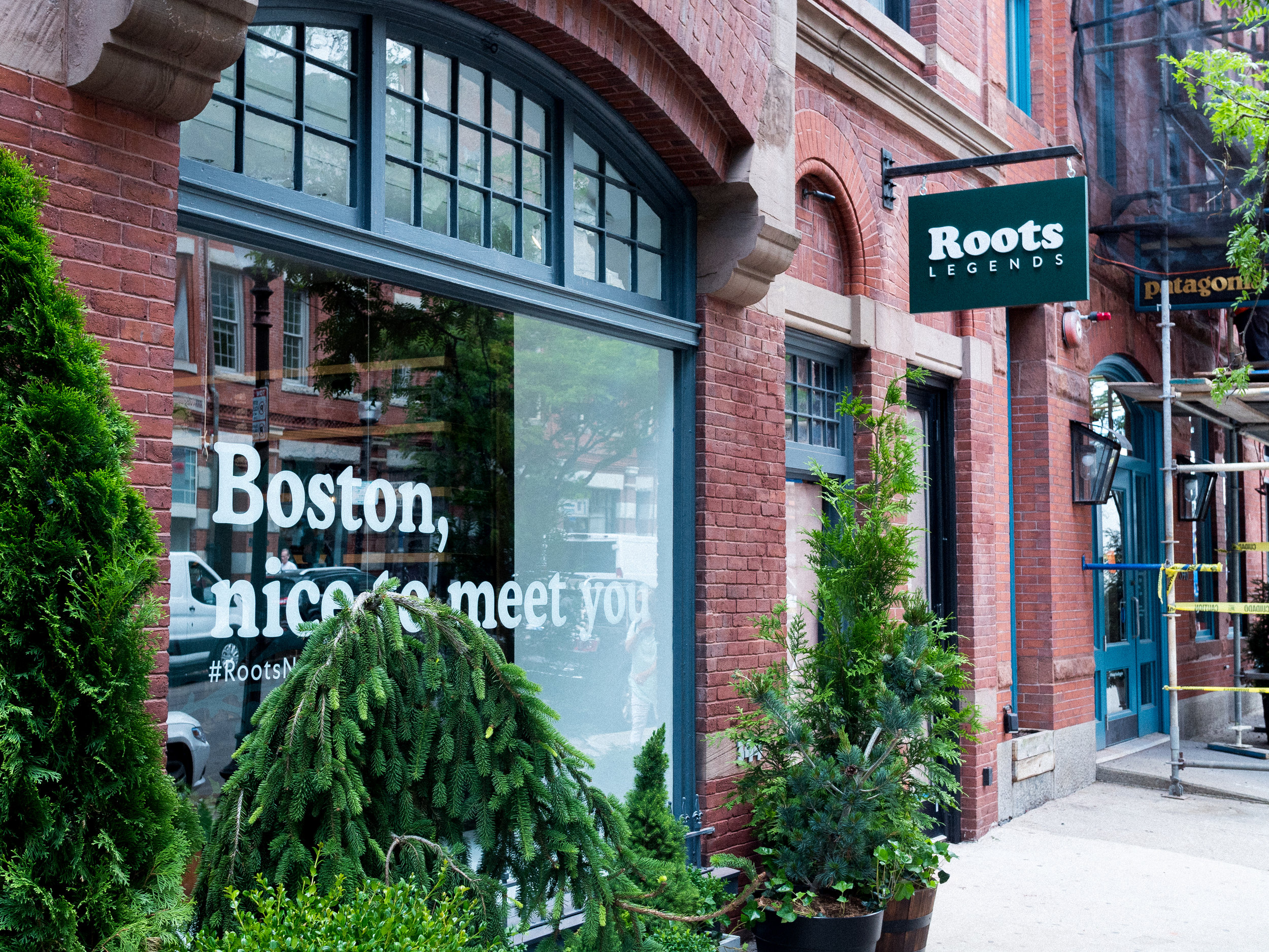 Storefront view of Roots Legends on Newbury.