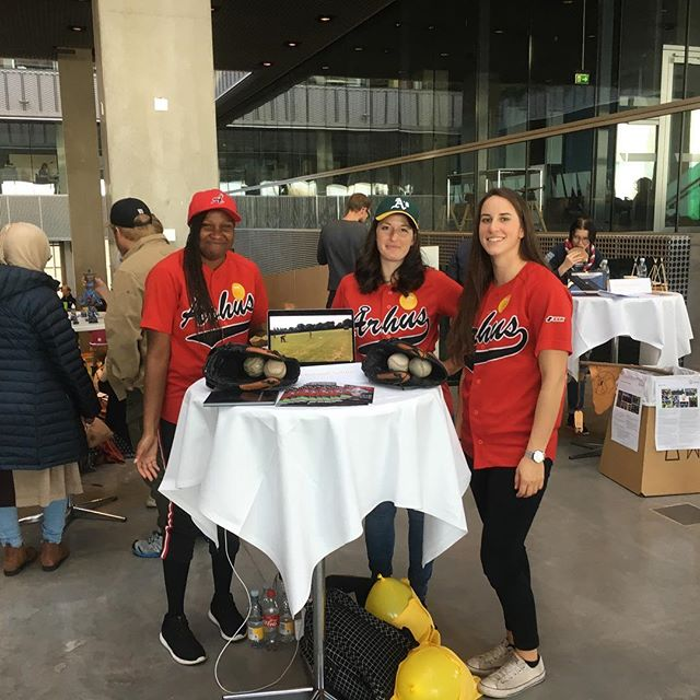 Today we were out welcoming new citizens to the great city of Aarhus - and hopefully recruiting a few players for our amazing ball club!