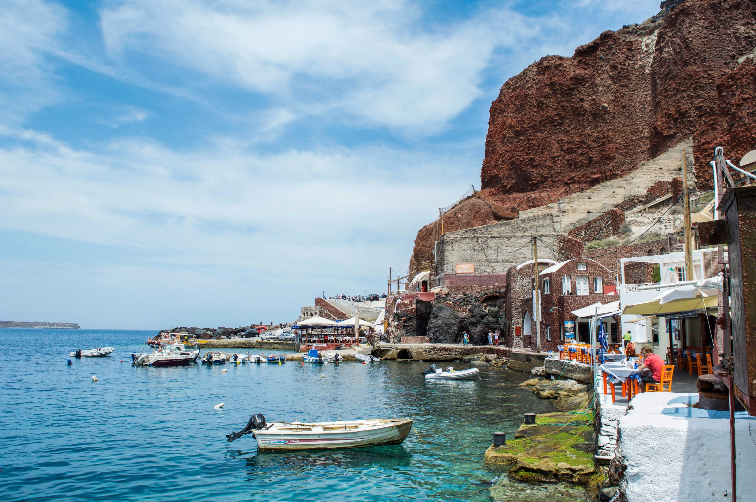 Rent a vehicle to visit Santorini's best spots. From the fishing port of Ammoudi Bay to the lighthouse of Akrotiri, move at your own pace and make the most of our island's offerings
