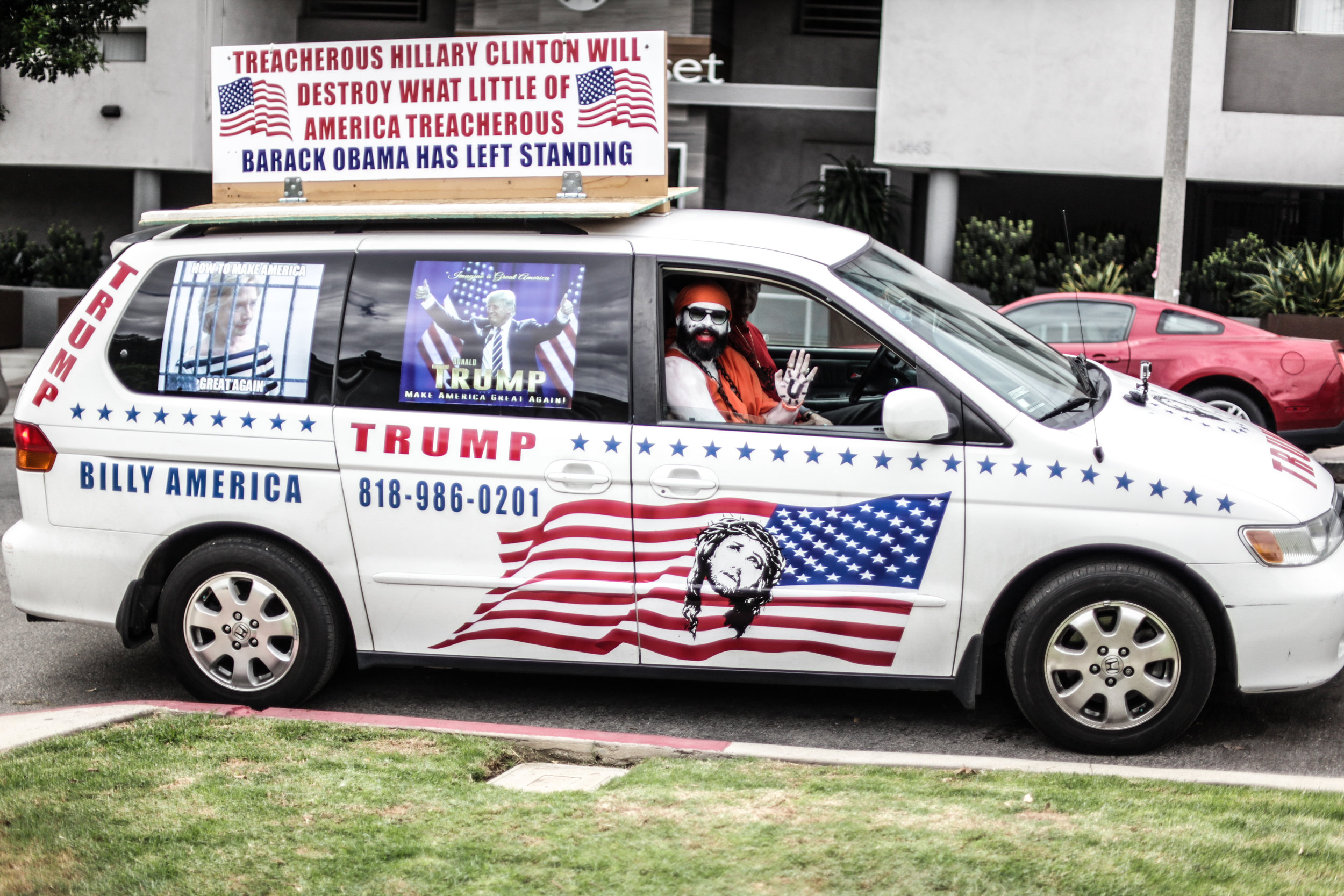Guru J In Trump Mobile