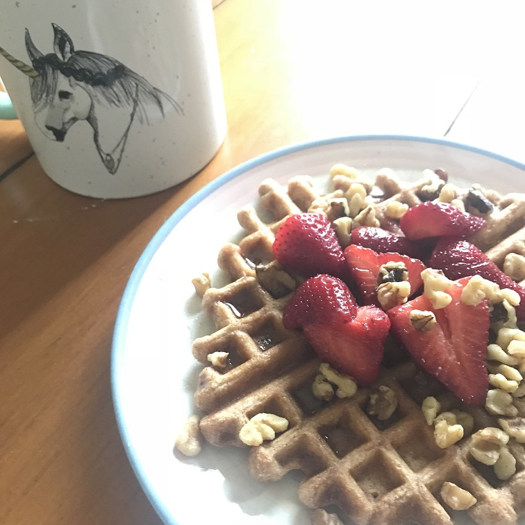 Literally every weekend I'm trying a new waffle recipe. I'm not sure why I never thought to put fruit and nuts and nut butter and hemp seeds and all things amazing on my waffles until now. All of a sudden, I'm queen of all waffle toppings. -