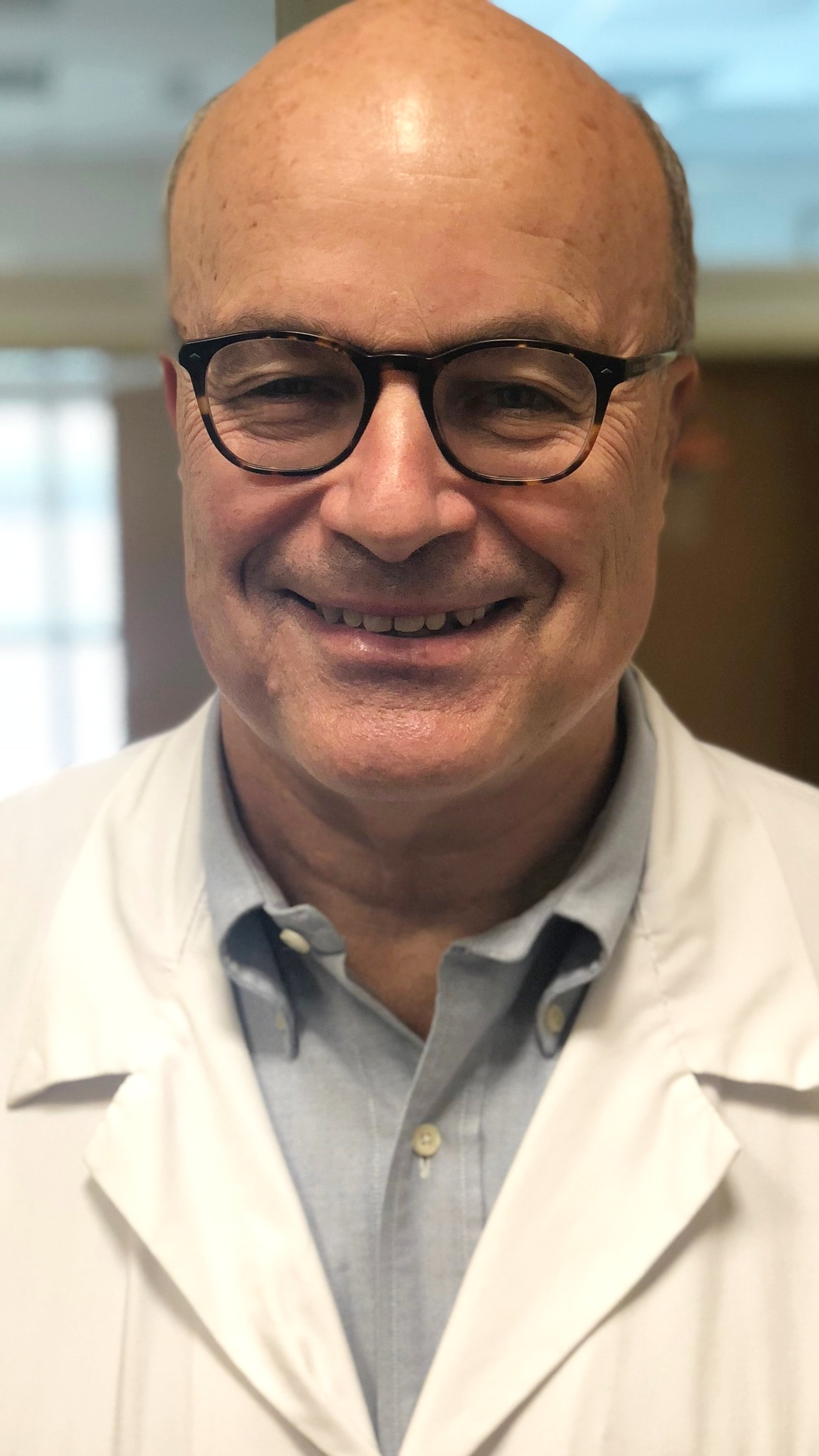 Dr. Doug Blayney - Oncologist: Specializing in breast cancerExperience: 30+ yearsHospital/clinic size: Large teaching institution