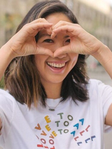 Rachel Rhee - Rachel - a blogger, spin teacher, certified health coach, and marketing consultant - developed renal cell carcinoma in her right kidney in September 2018 .