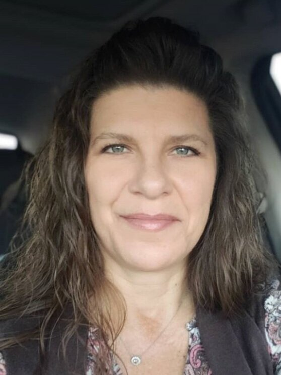 """Cindy Shubert - """"I've just had to tell myself that the remnants of chemo can linger. My body has had to adjust.I have to give myself grace when I'm feeling tired or weak.If I take it one step at a time and slowly get back to my workouts and eating habits, that's fine."""""""