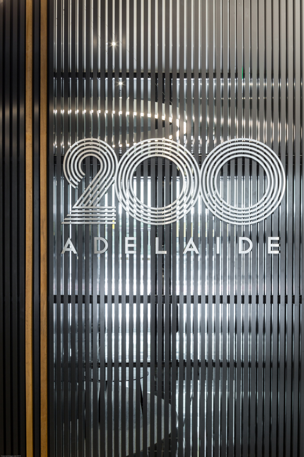 008-Mi-200-Adelaid-St-Foyer-LR.jpg