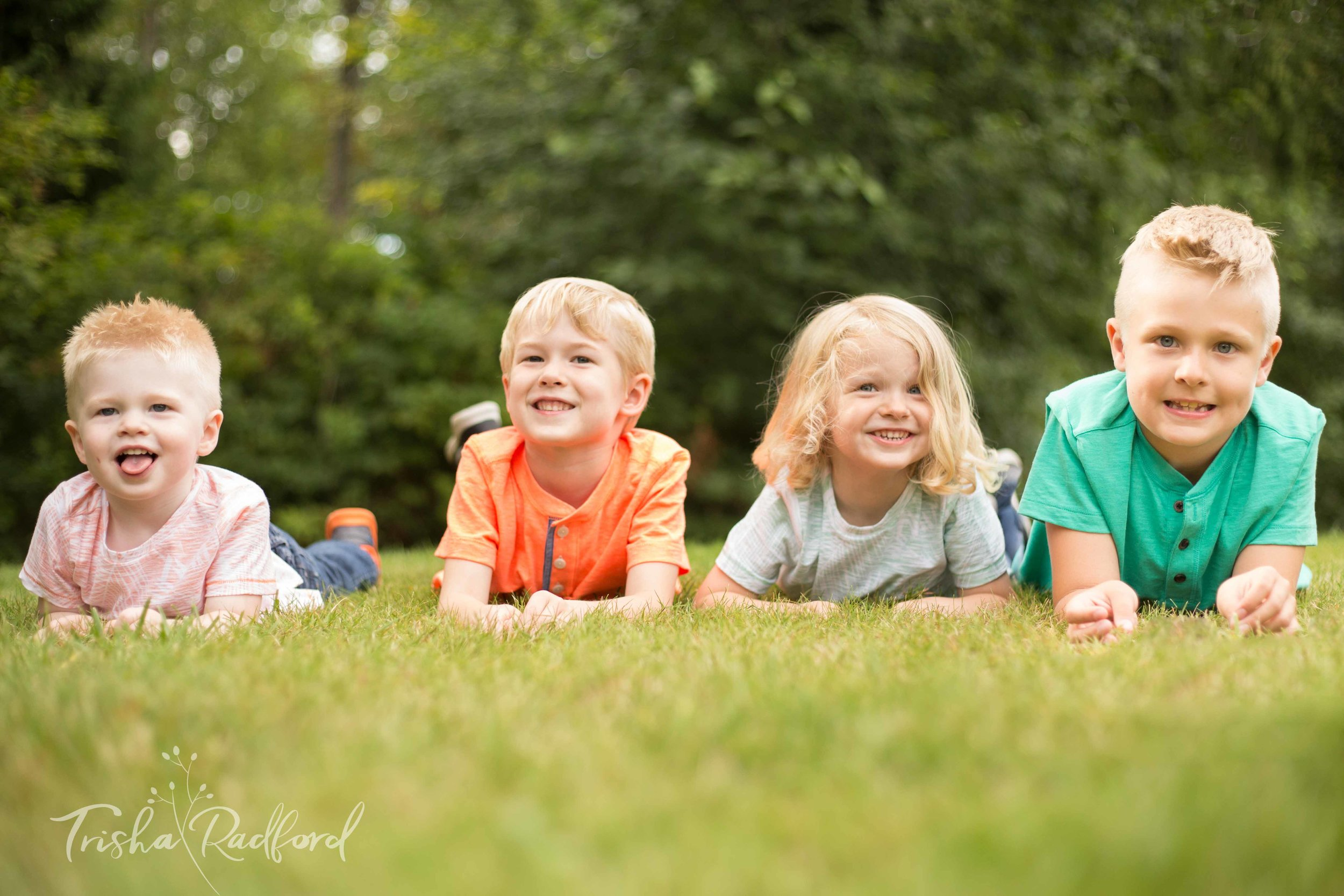 Family photography at Willis D. Tucker Community Park in Snohomish WA.