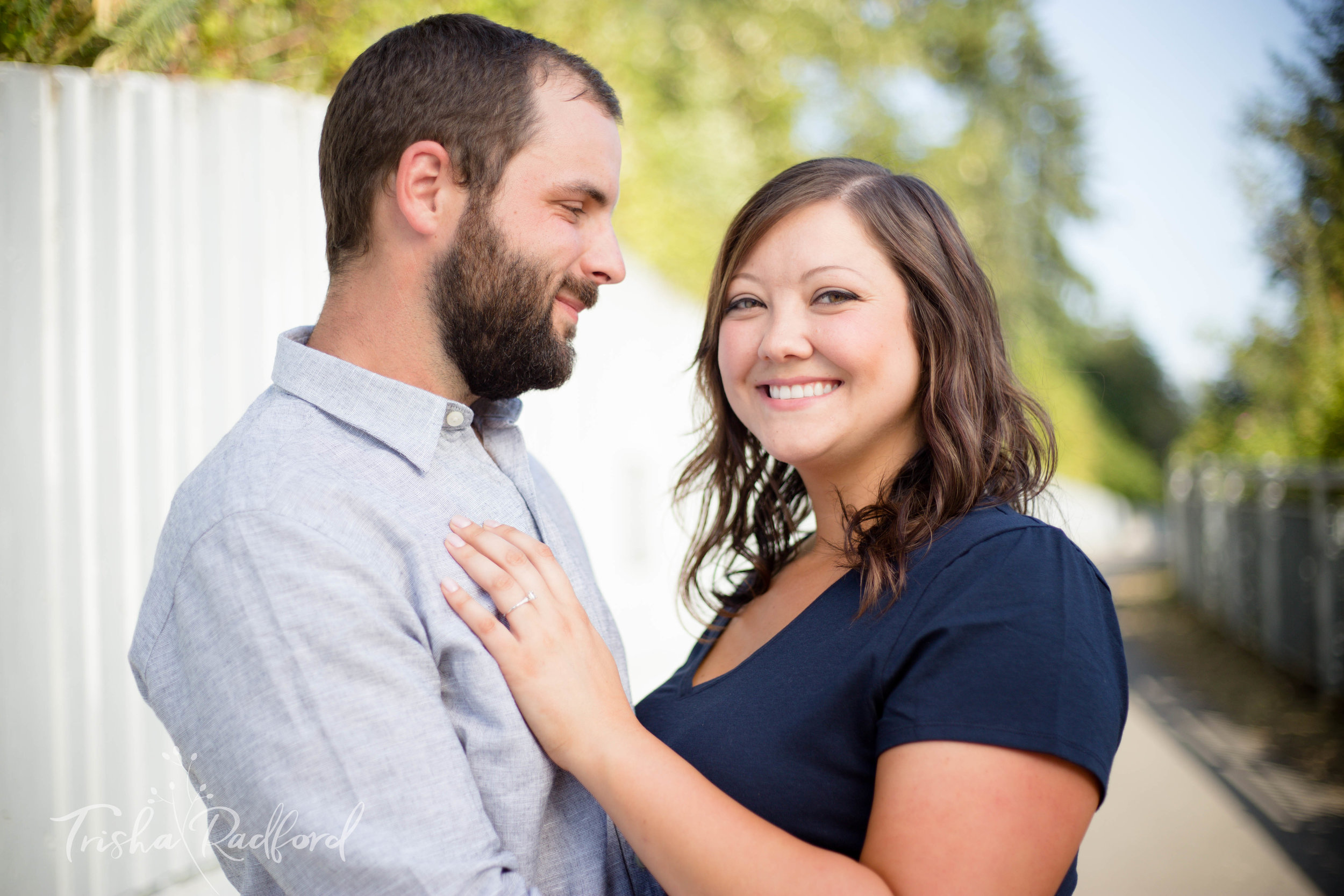 Engagement Photographer | Downtown Snohomish