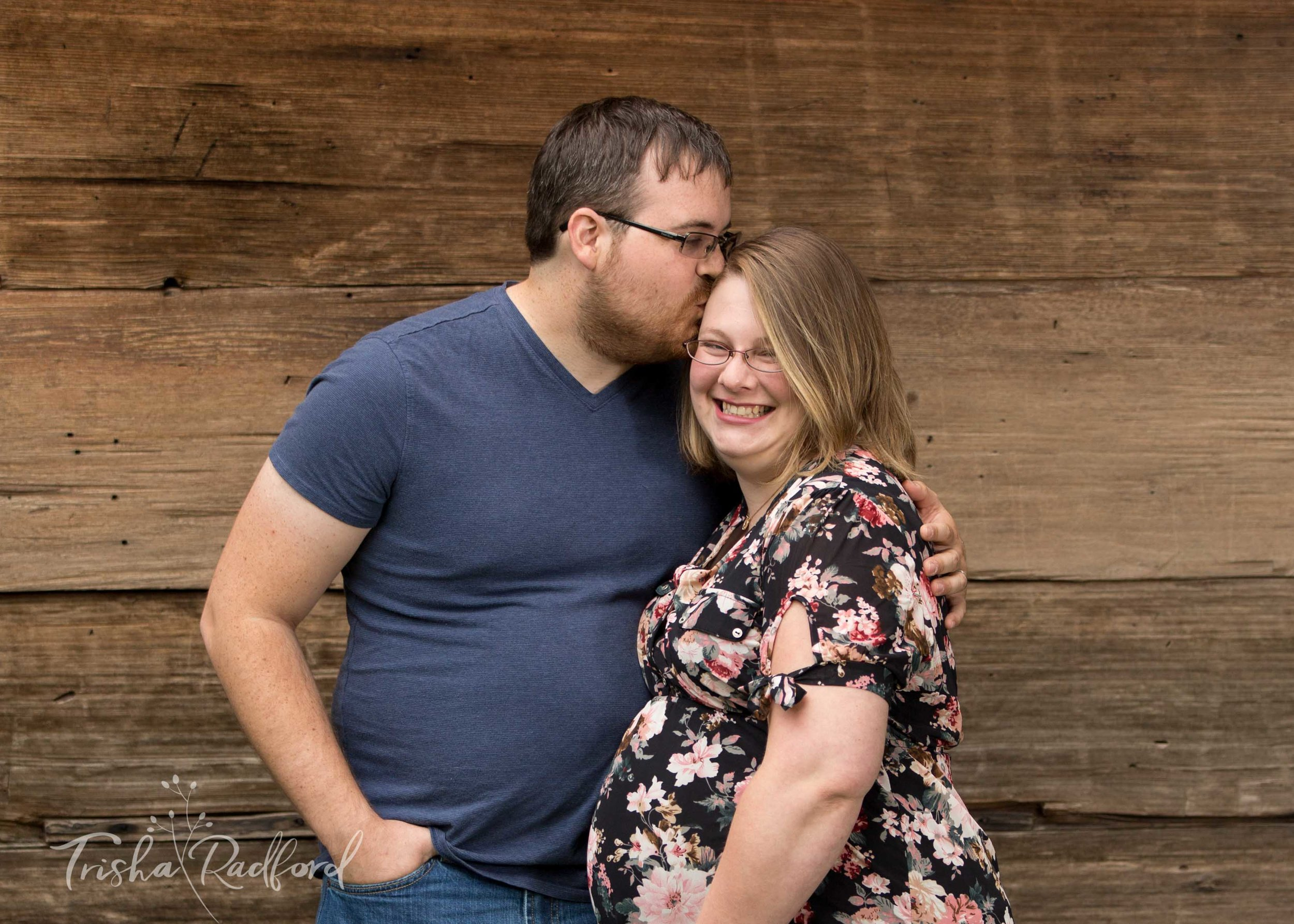 Snohomish County Photographer | Maternity Photoshoot | Jennings Park, Marysville WA