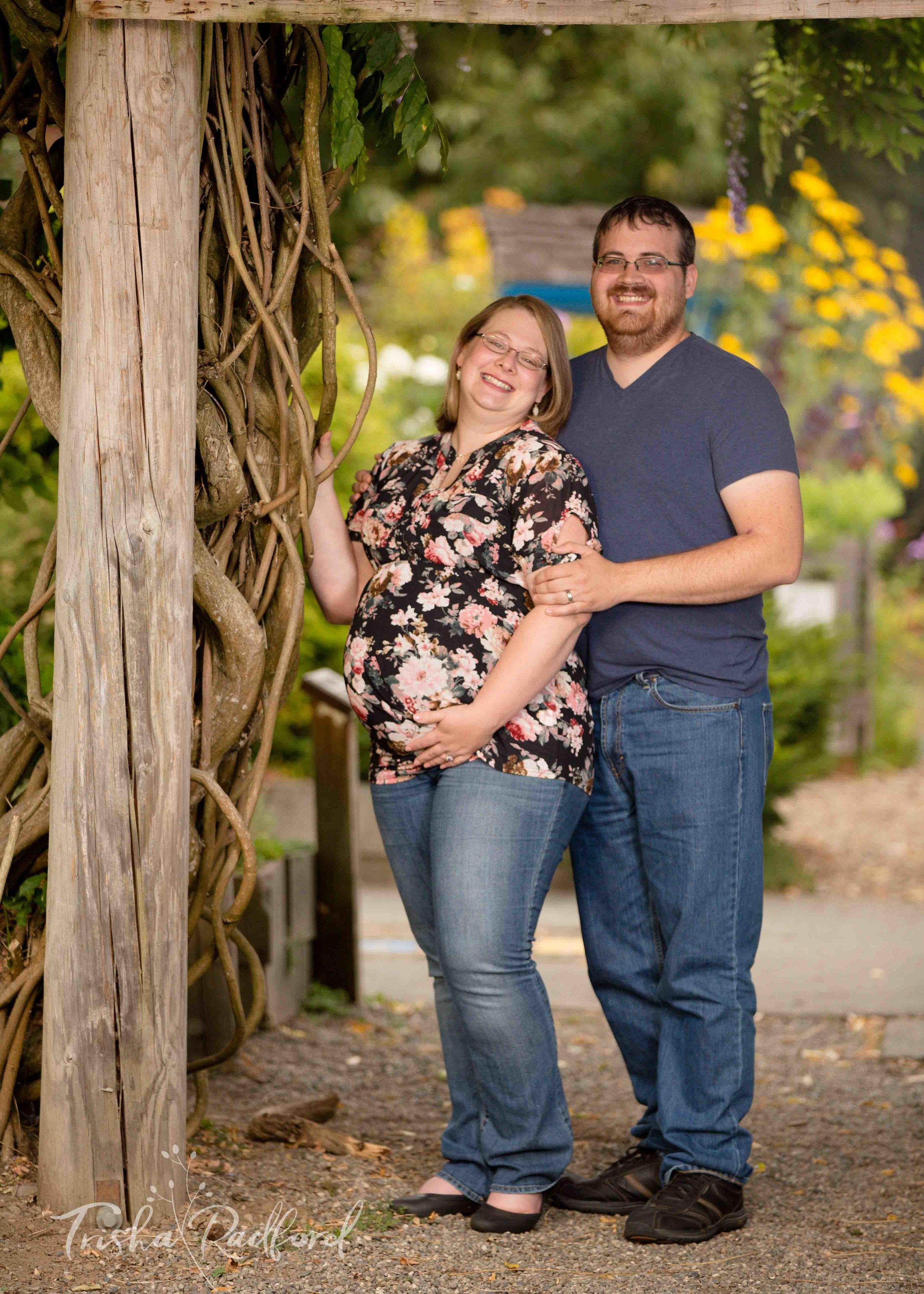Snohomish County Photographer   Maternity Photoshoot   Jennings Park, Marysville WA