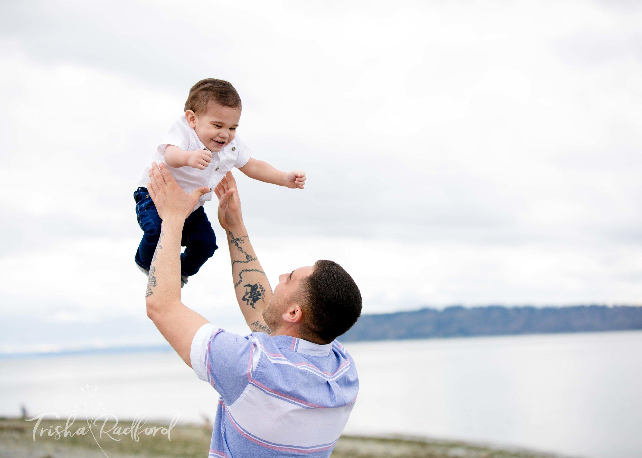 Snohomish County Family Photographer, Mukilteo Beach, Family Portraits, Toddler Photographer