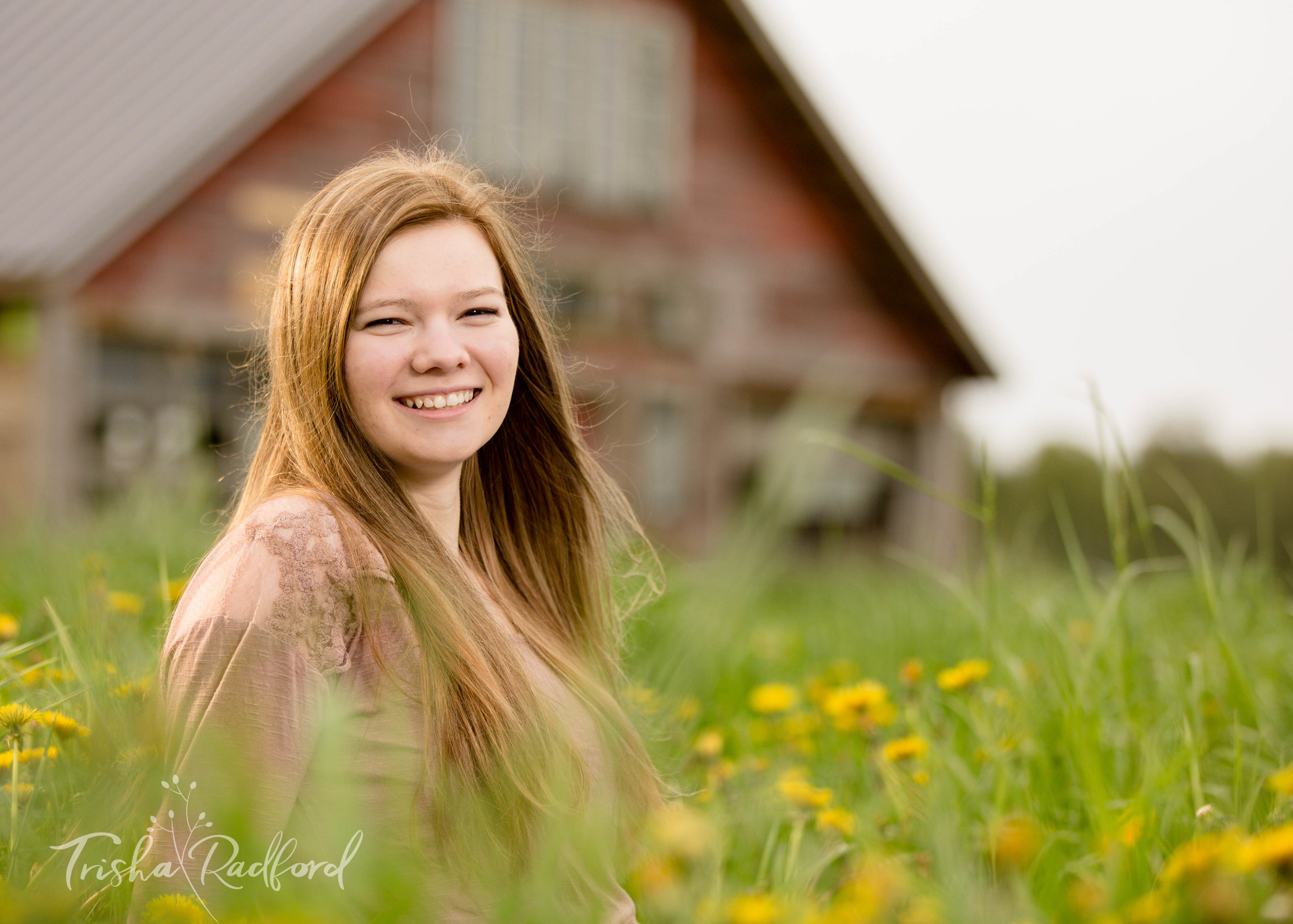 Senior Portrait Photographer, Snohomish County WA, Arlington, Lake Stevens