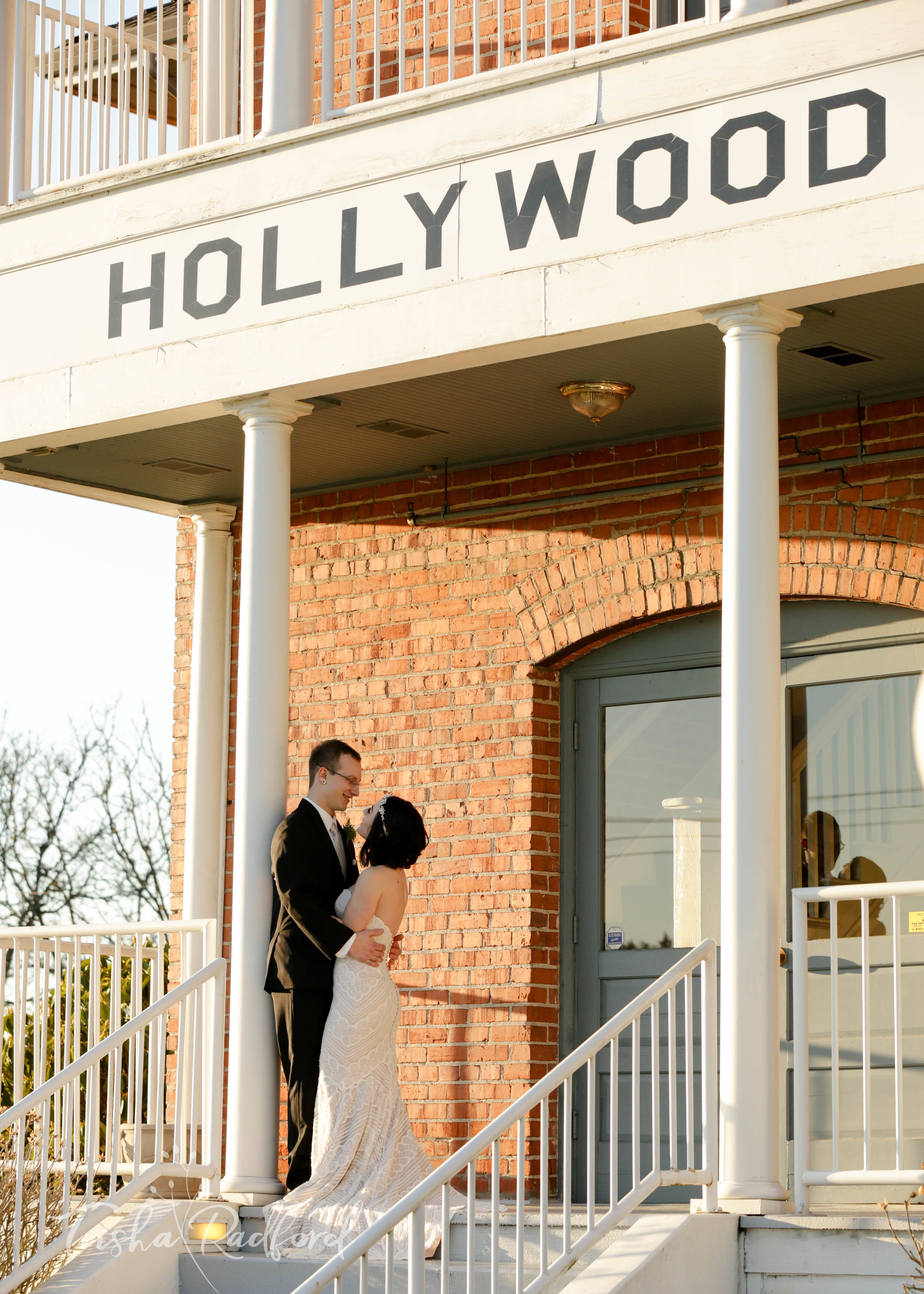 Wedding portrait photography at Hollywood Schoolhouse, Woodinville WA