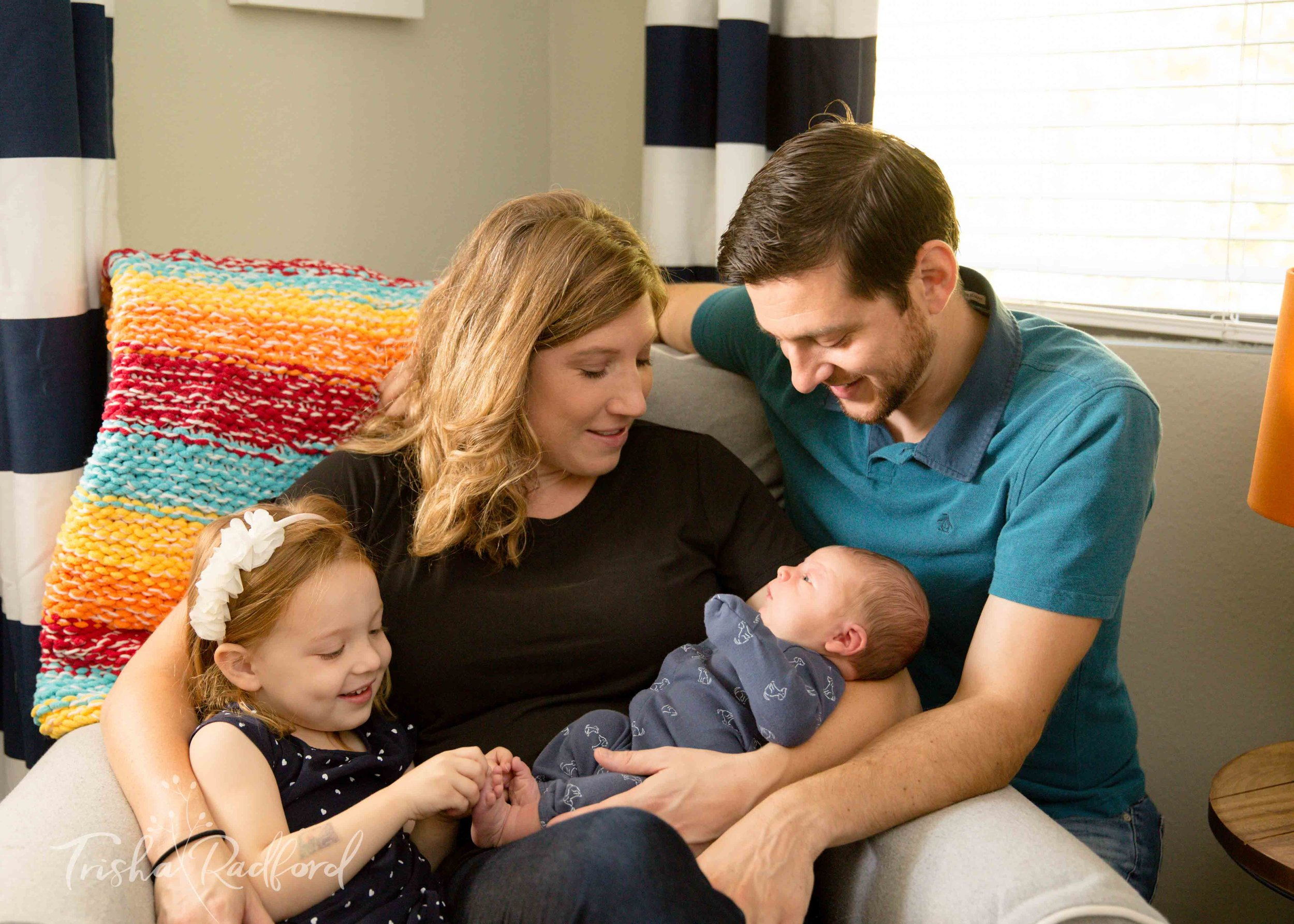 Lifestyle Newborn & Family Photographer | Snohomish County
