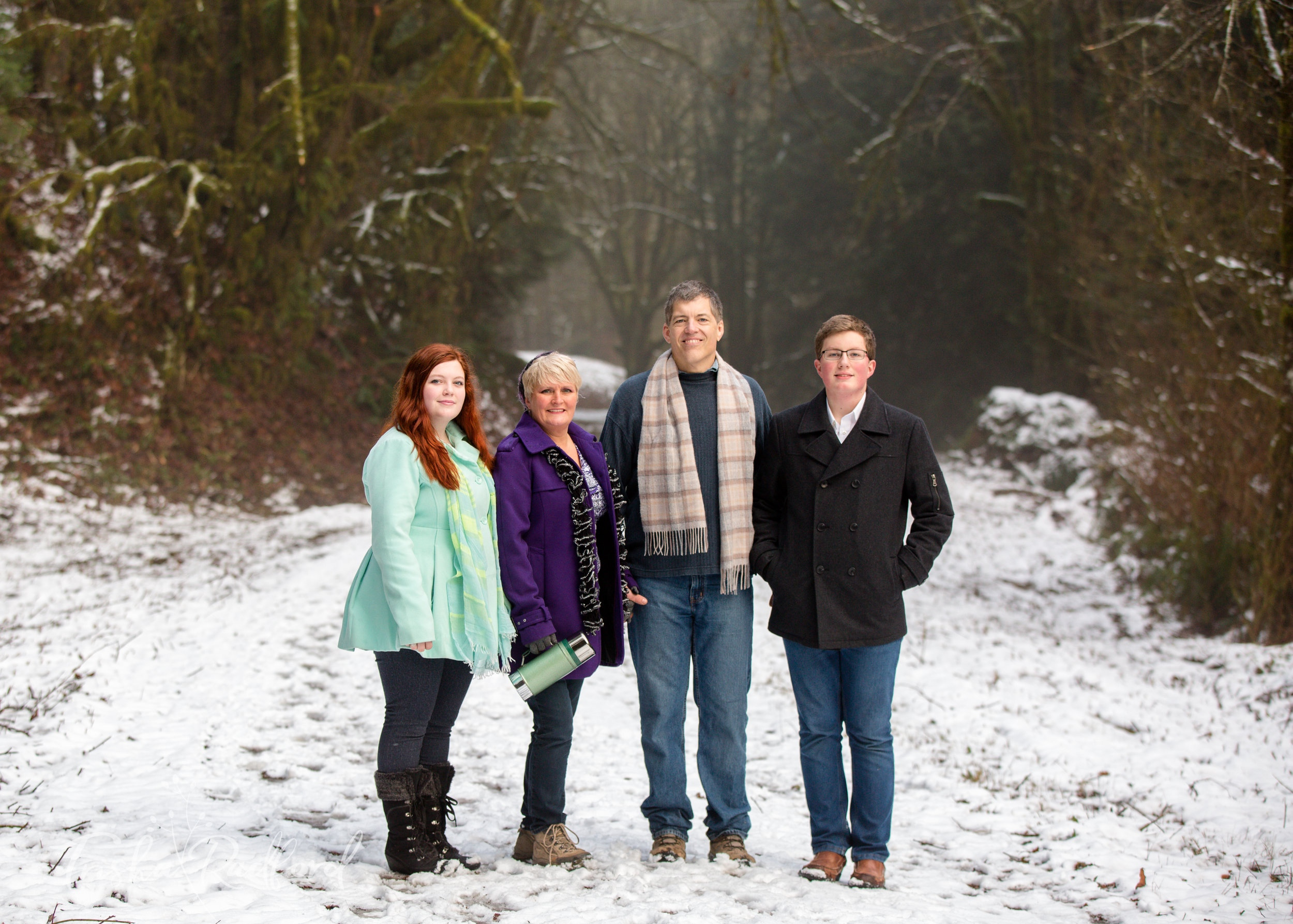 Photo of family in the snow Snohomish County