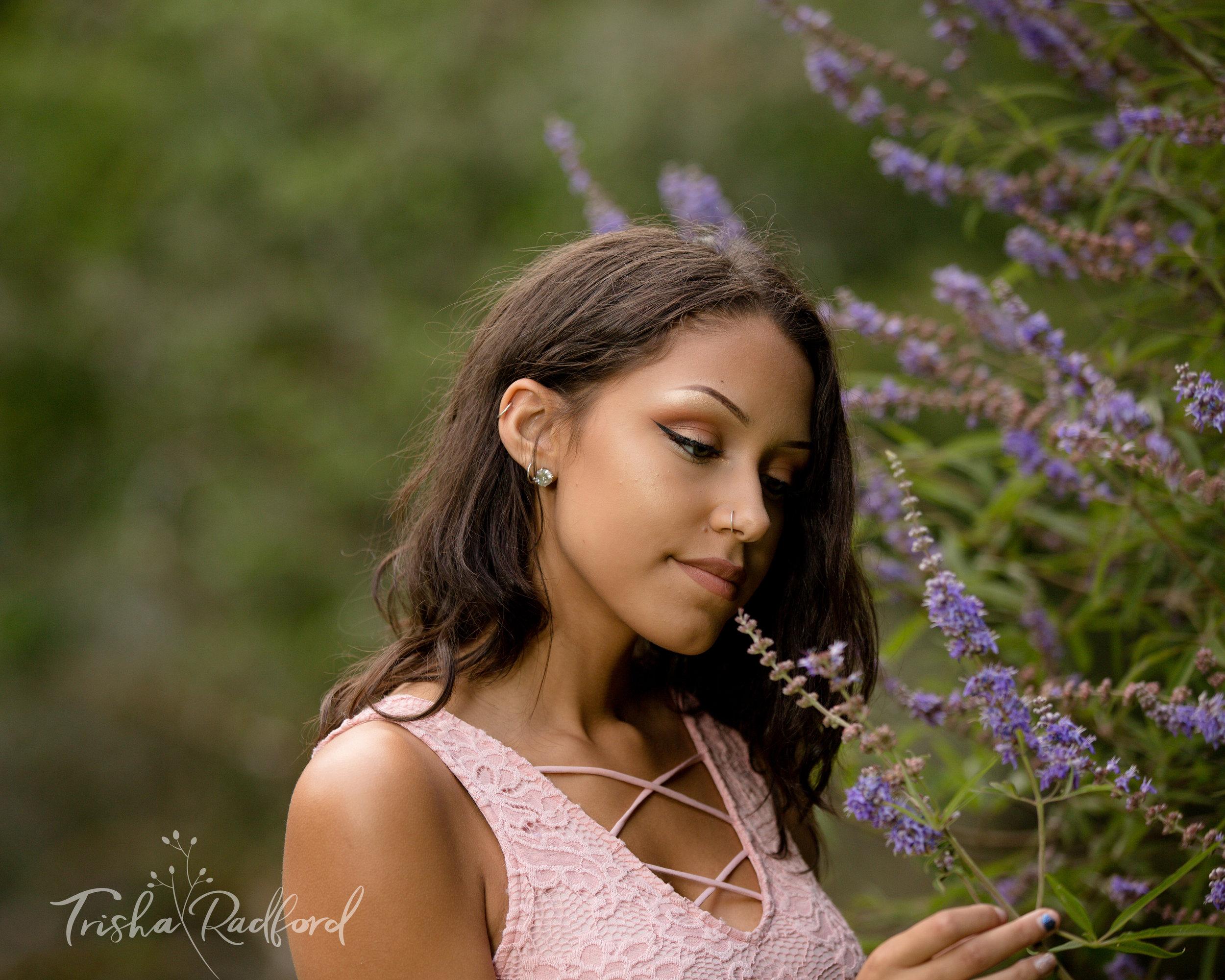 Senior Portrait Photographer, Lake Stevens WA