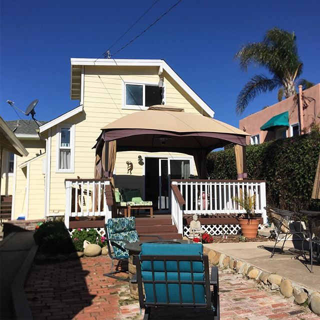 New Listing Alert!! Ventura hillside ocean view bungalow - 3 beds/1.5 baths. Text/call for info 364 Fairview. DRE#01852790