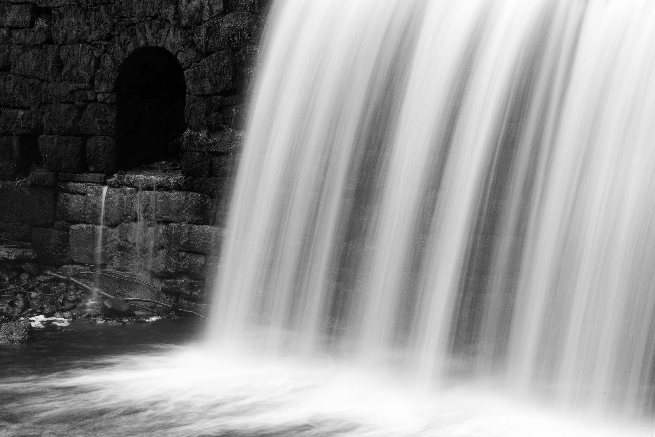 waterfall_stone_dam.jpg