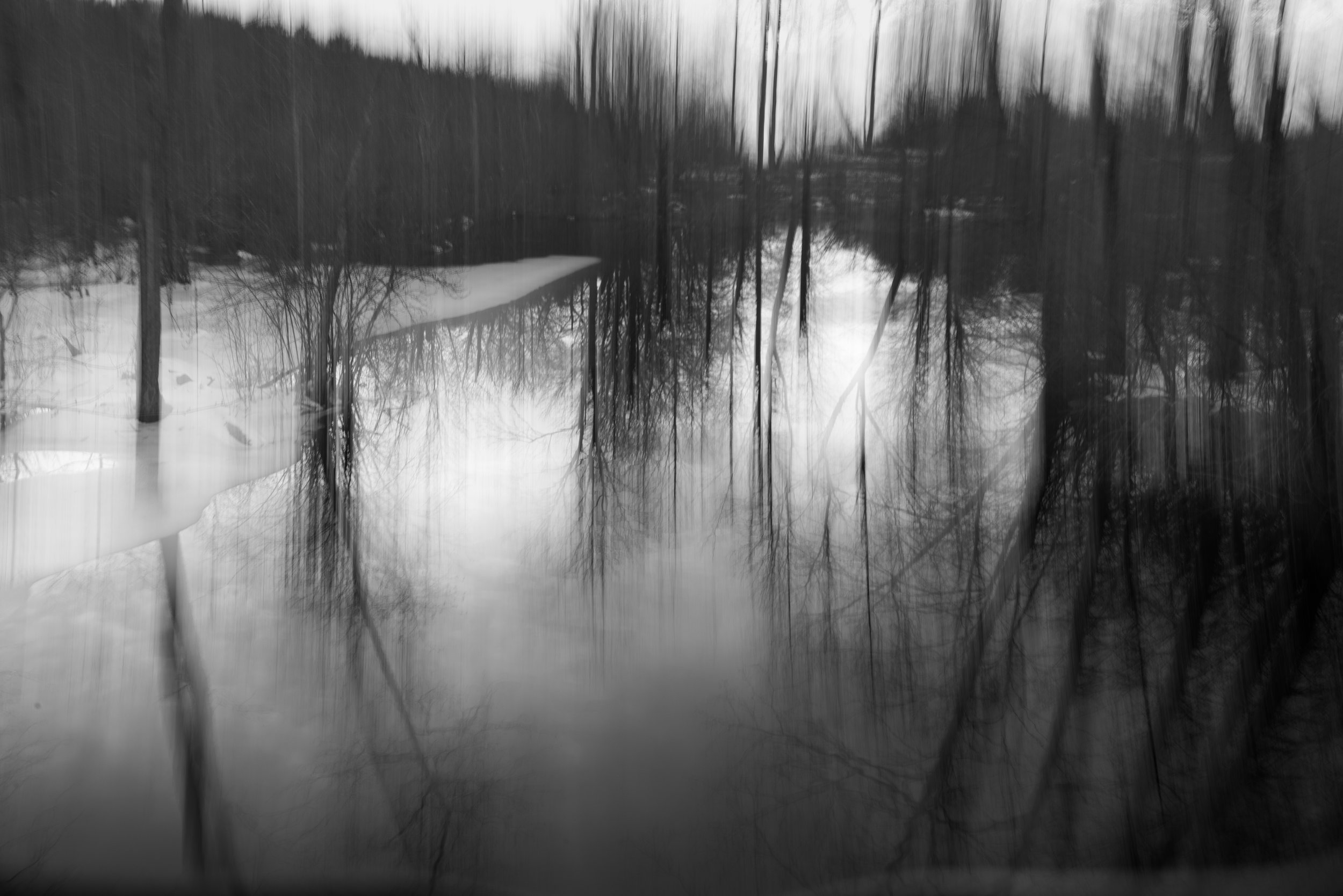 dreamy_reflection_winter_pond.jpg