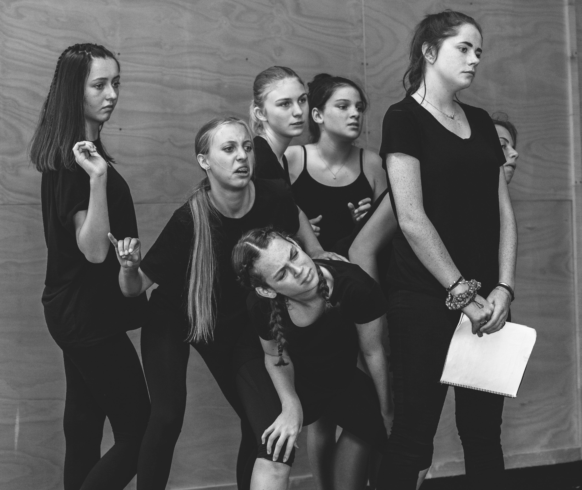 pre teens acting class rehearsal
