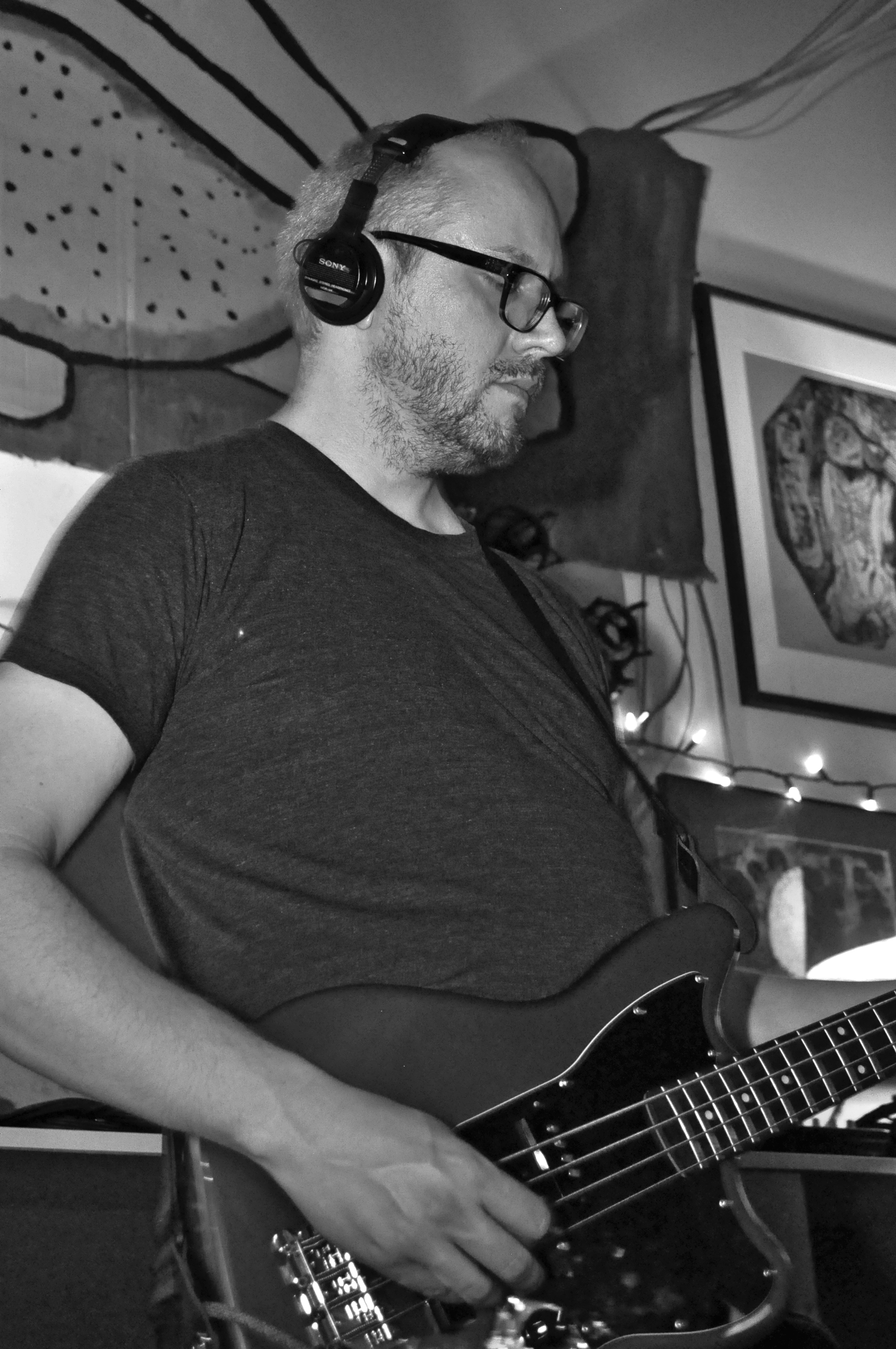 RICHARD SEYMOUR - Bass