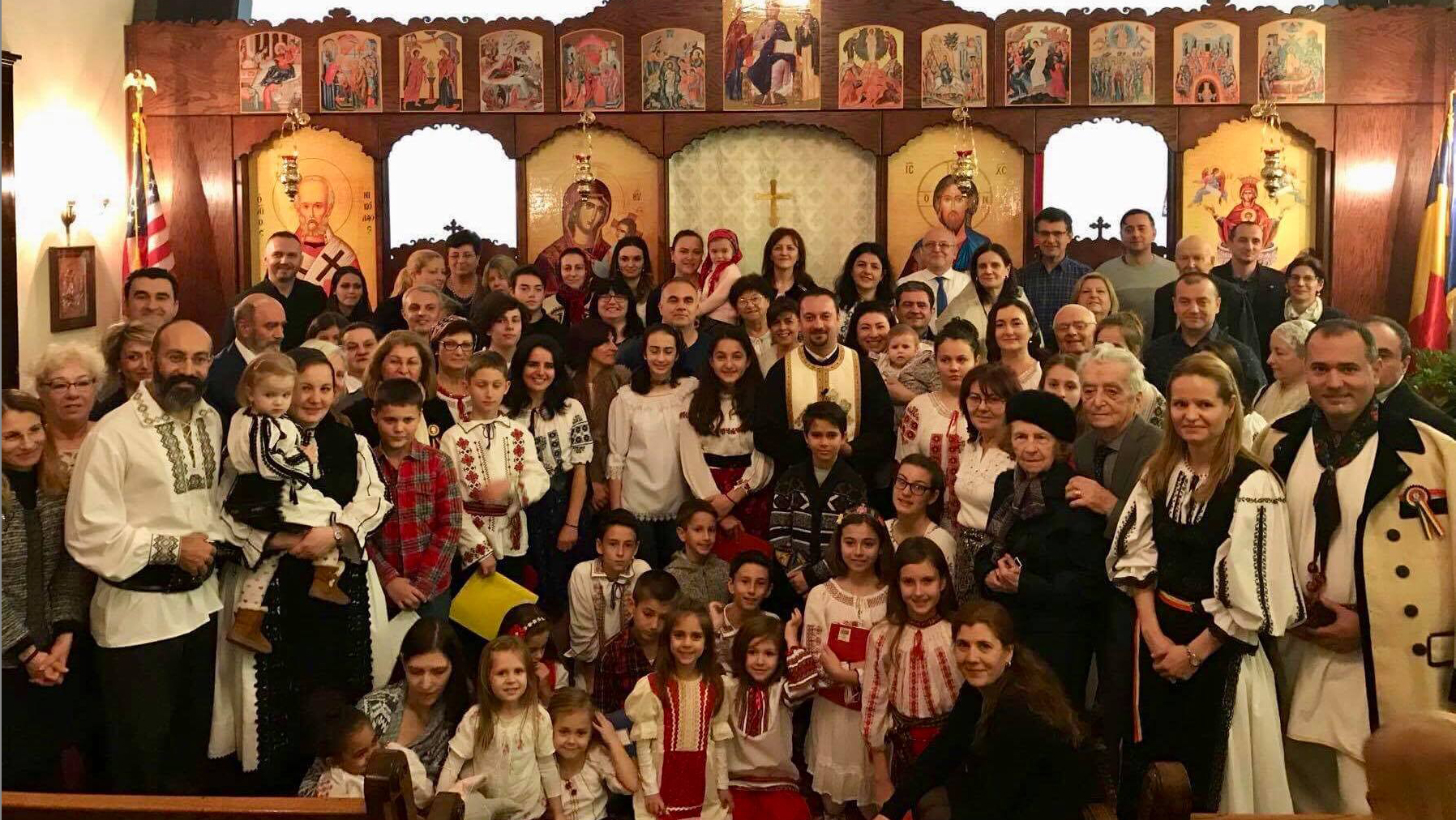....Comunitatea românescă strânsă în jurul Părintelui Ionut, preotul bisericii Izvorul Tămăduirii din New Jersey..The Romanian Community of the Life Giving Fountain Romanian Orthodox Church....