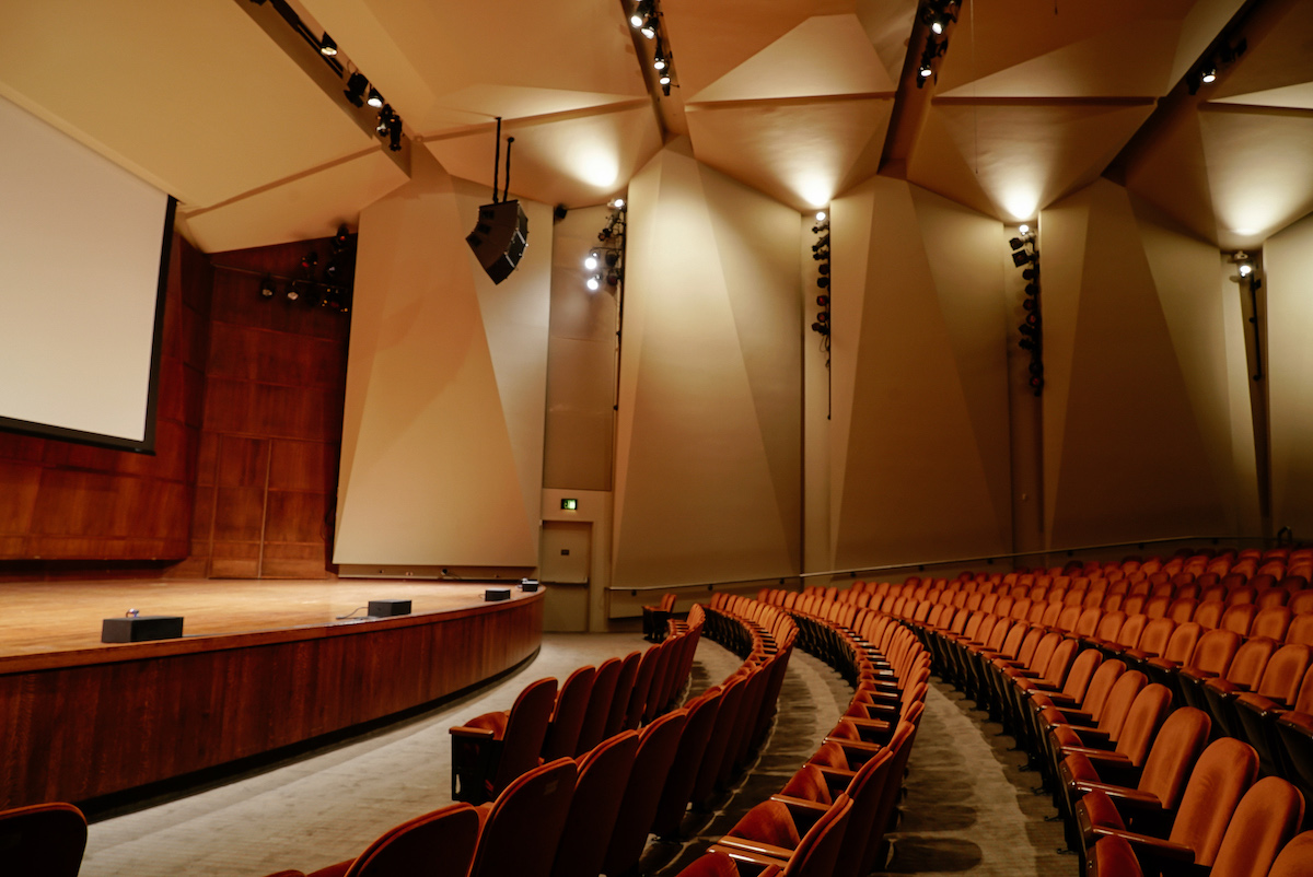 Our keynote and plenary sessions will enjoy the superior comfort, lighting and acoustics of the Benaroya Hall Recital Hall.