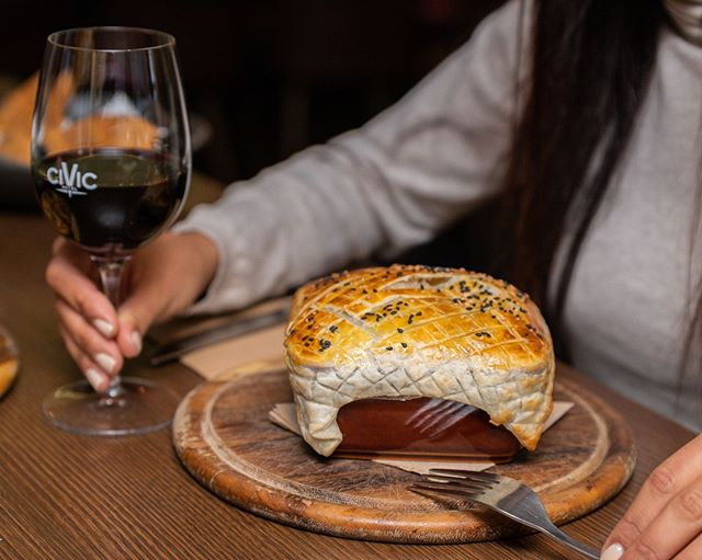 Come in today & ask one of friendly wait staff which wine is best paired with this mouth watering slow cooked lamb puff pie 🤤