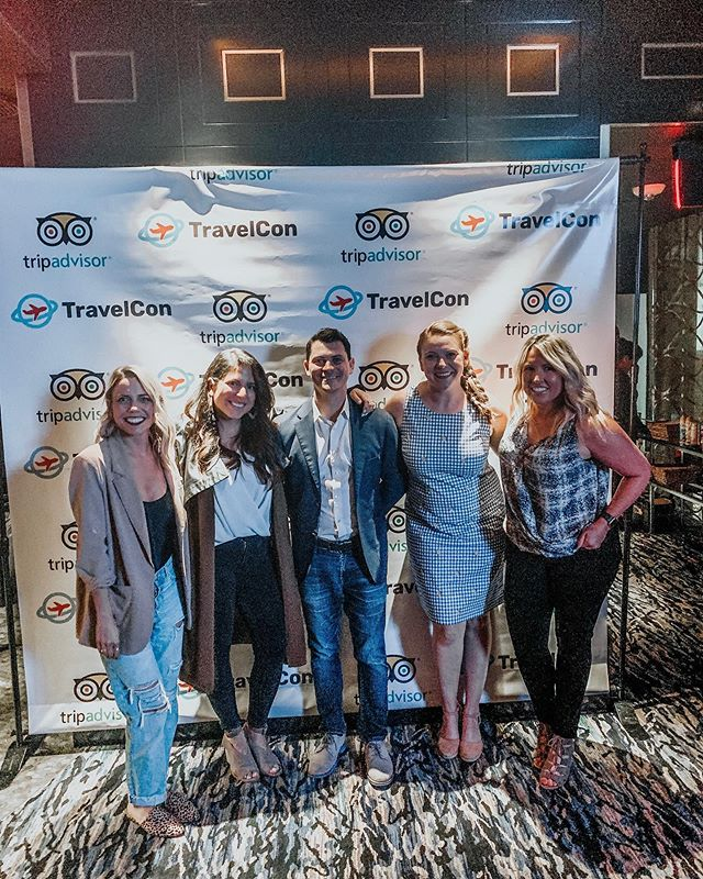 Throwing it back to last month's @travel_con, because it was just too good!  #dreamteam