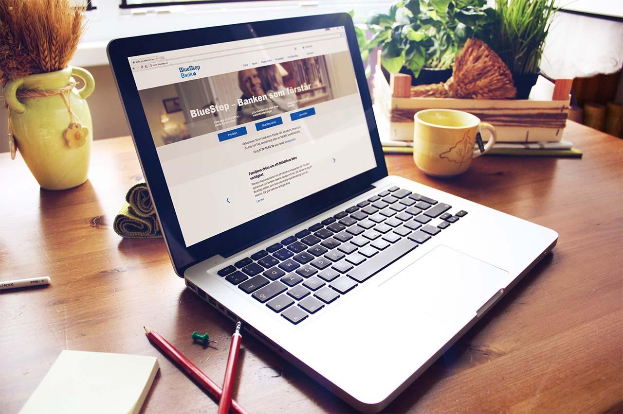 BlueStep - En webbplats blev två nya responsiva webbplatser.