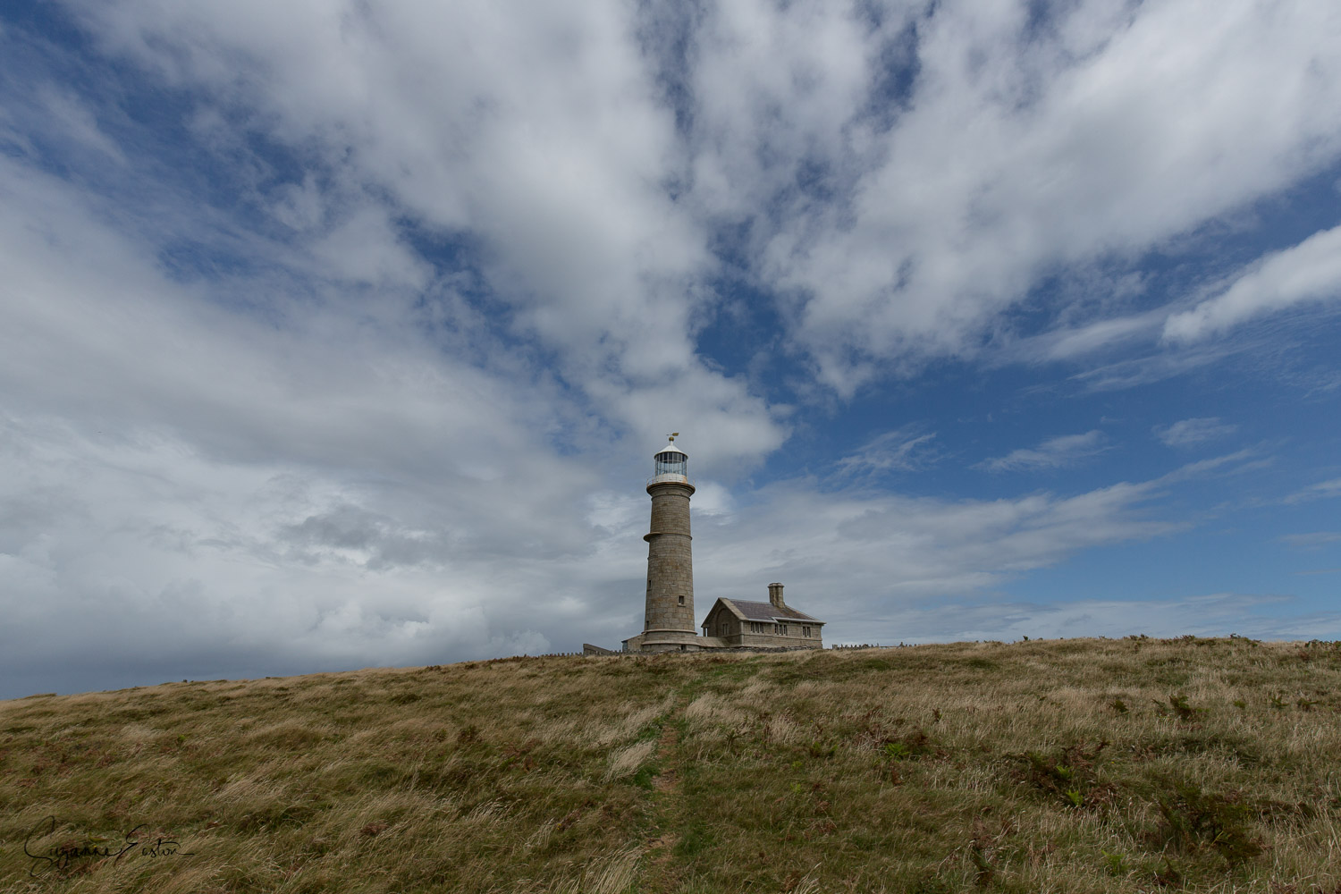 Lundy Old Light sits dominant in the centre of the island