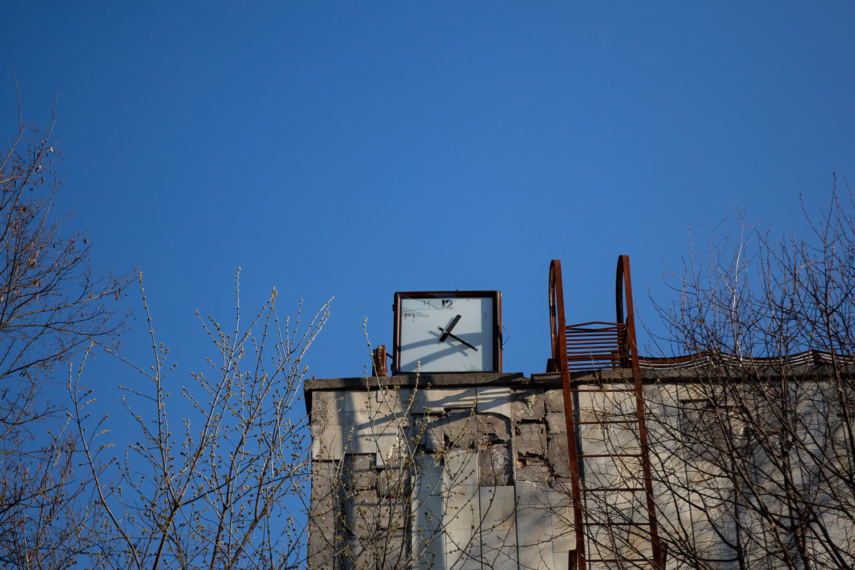Azure Pool Clock