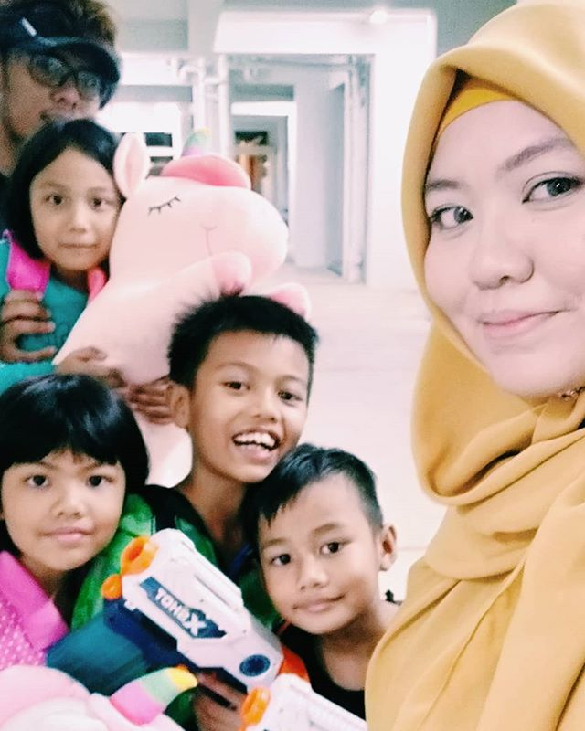 "Oh my dear children you are so love by many. :"") May Allah preserve this love till Jannah.  Thank you Daddy,Aunty, Nenek and Atok. We had so much fun today. ❤❤❤"