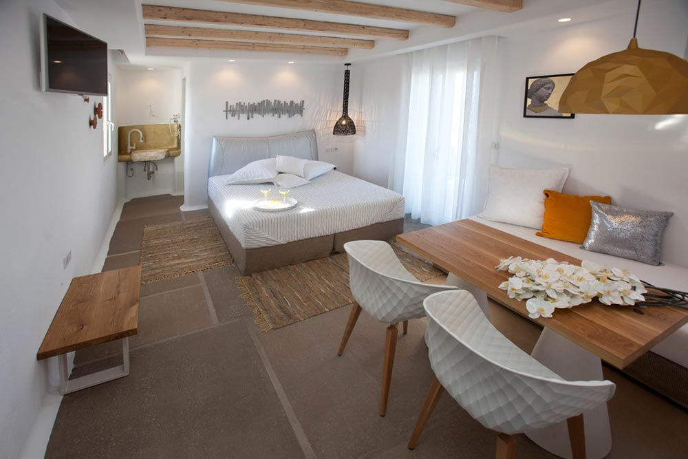 Naxos-hotel1.jpg