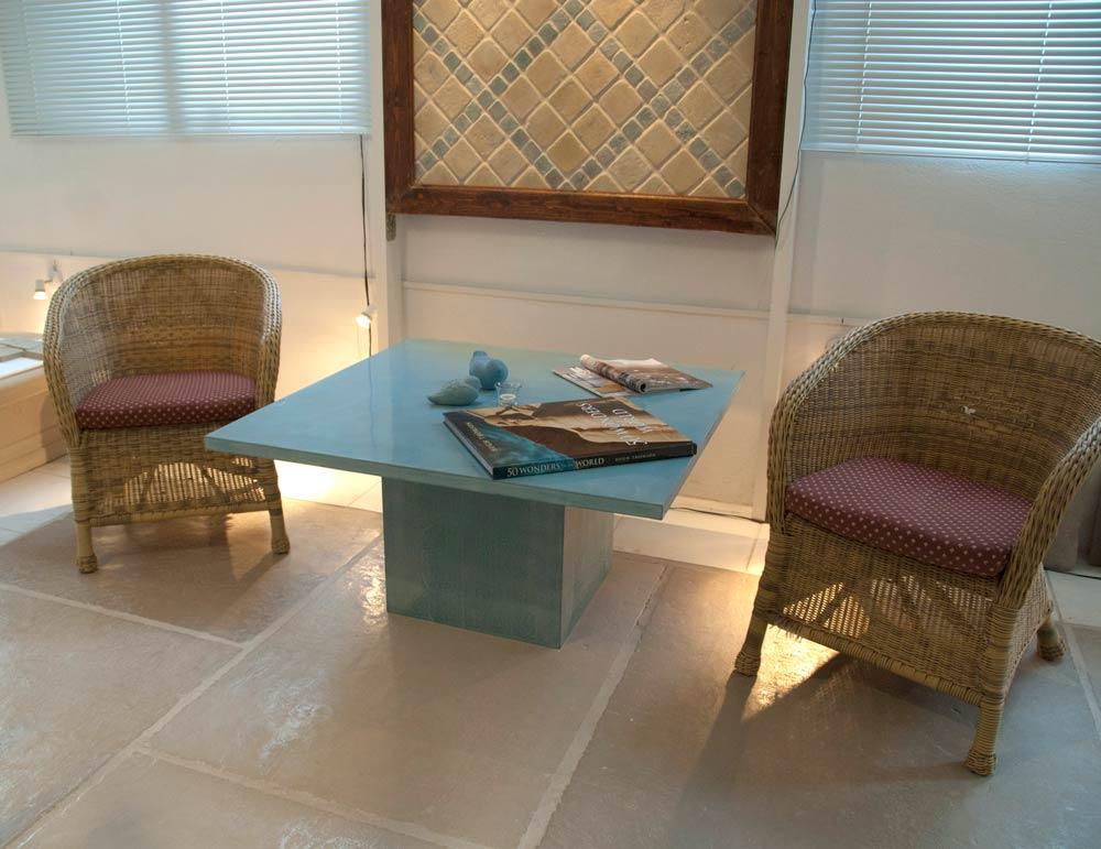 tables-seats14.jpg