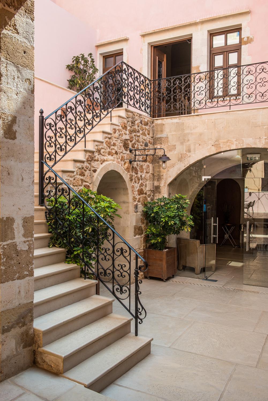 Crete-boutique hotel chania 3.jpg