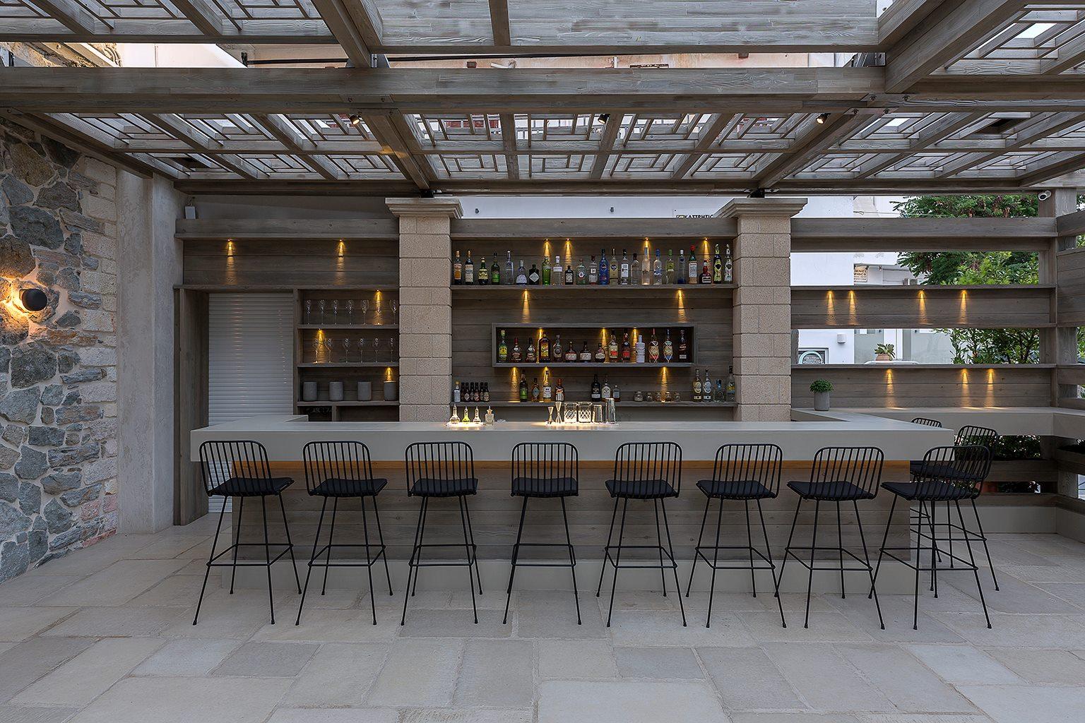 Naxos-bar restaurant 4.jpg