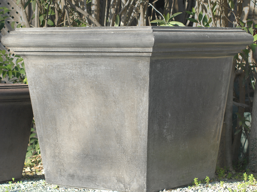 Box-Planter-Black-Large-done.jpg