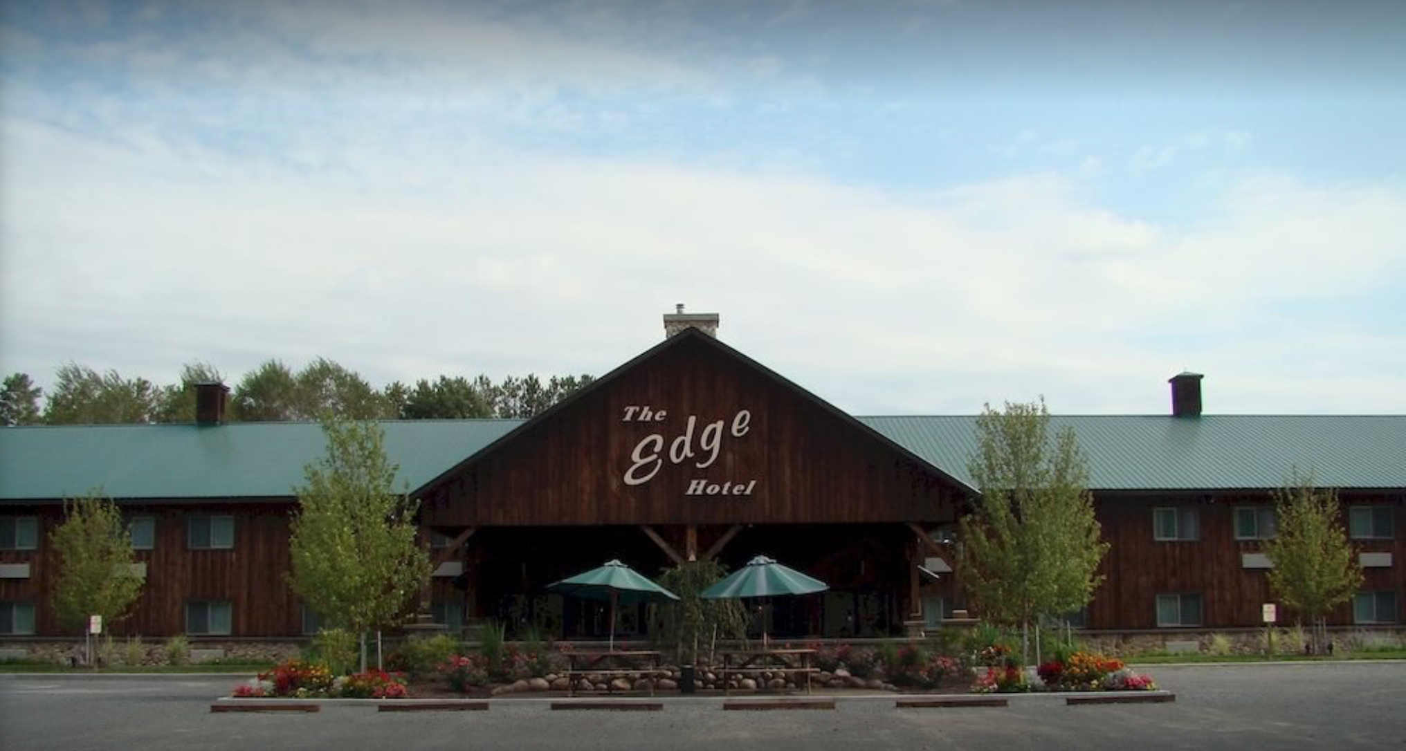 The Edge Hotel - Phone: (866) 348-4211Address: 3952 NY-12, Lyons Falls, NY 13368Distance From Track: 6.3 Miles