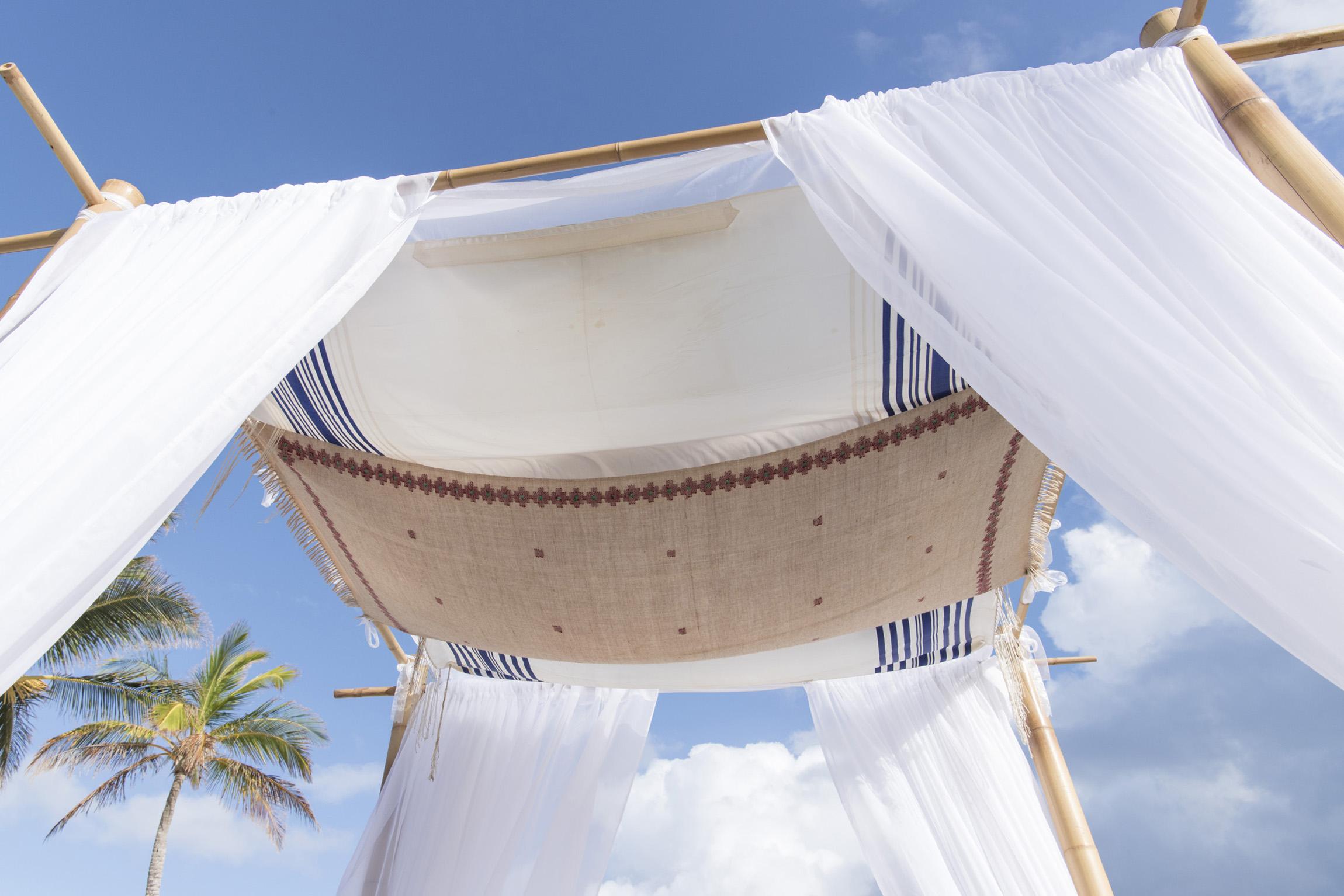 ©Fiander Foto_Bermuda Wedding Photographer_Elbow Beach_Joanna_Alec_018.jpg