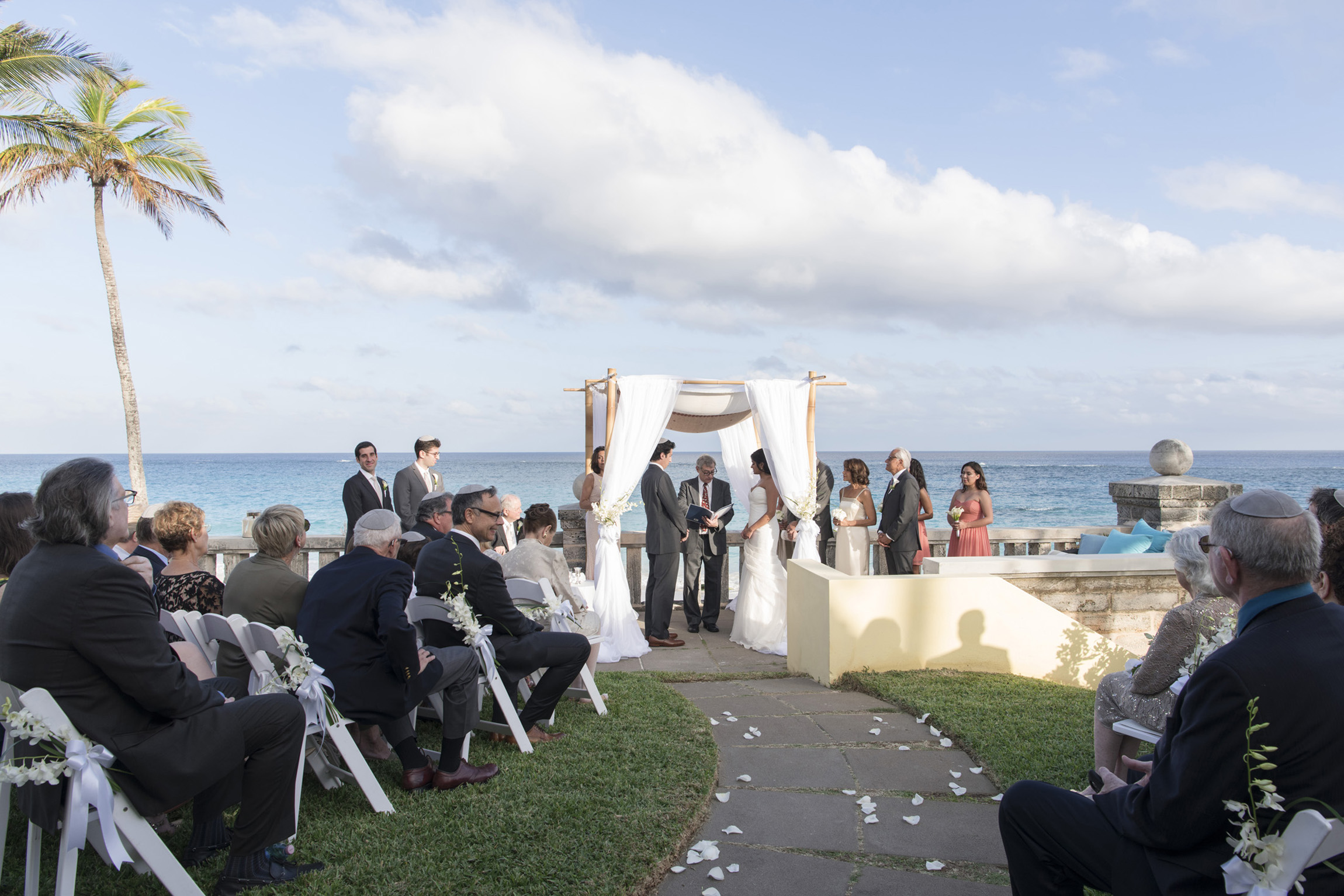 ©Fiander Foto_Bermuda Wedding Photographer_Elbow Beach_Joanna_Alec_020.jpg