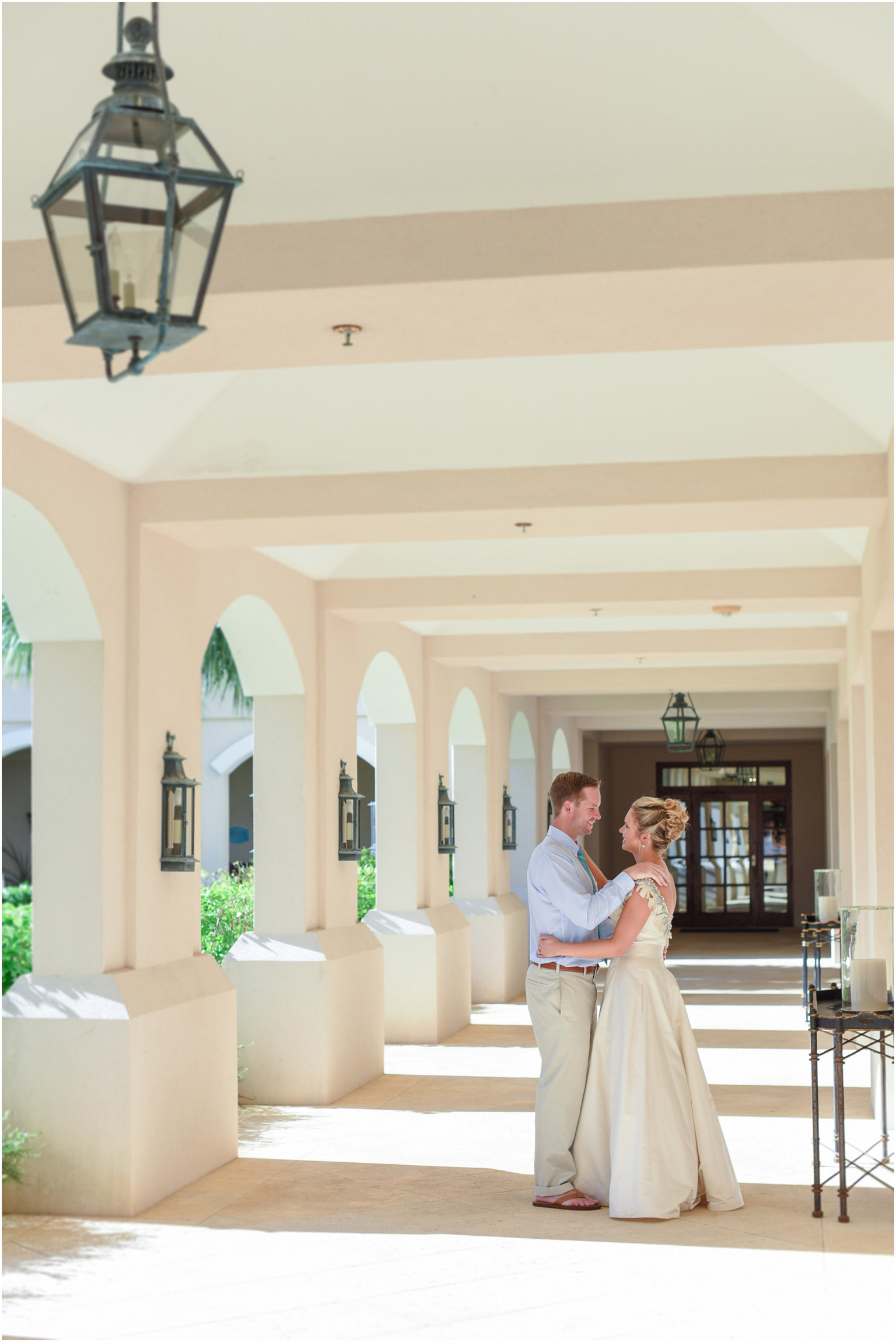©Fiander Foto_Bermuda Wedding Photographer_Tuckers Point_Mid Ocean_Amy_Tim_021.jpg