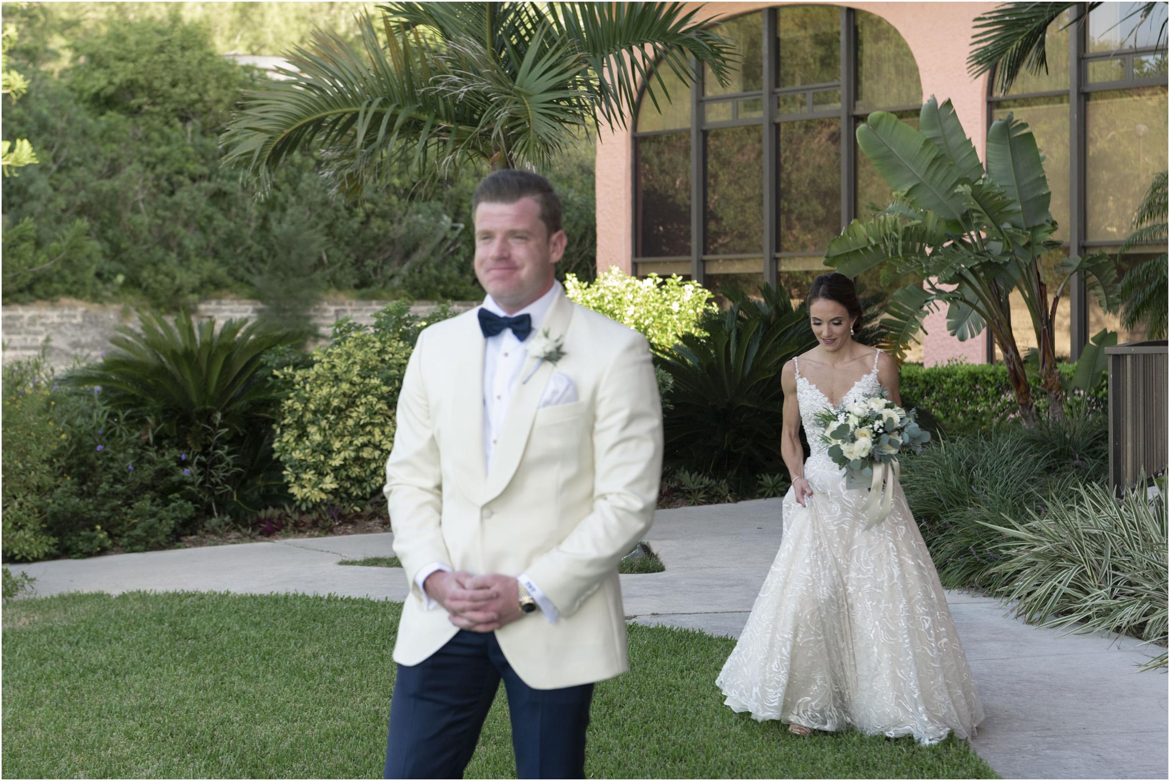 ©Fiander+Foto_Bermuda+Wedding+Photographer_The+Reefs_Taylor_Tedd_055.jpg