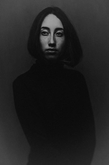 Sora in black © Jitske Schols