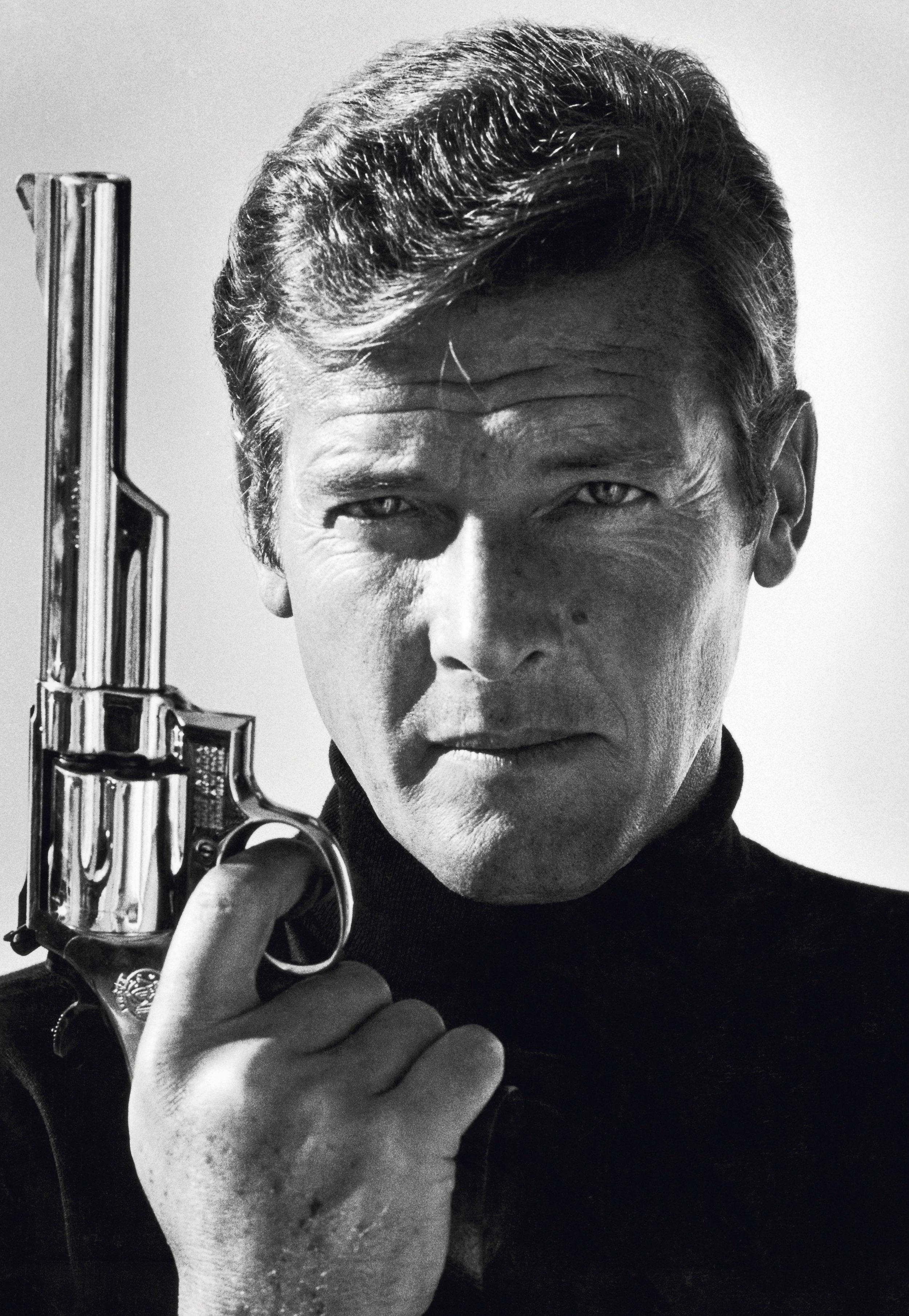 Terry O'Neill - Roger Moore - Courtesy Eduard Planting Gallery