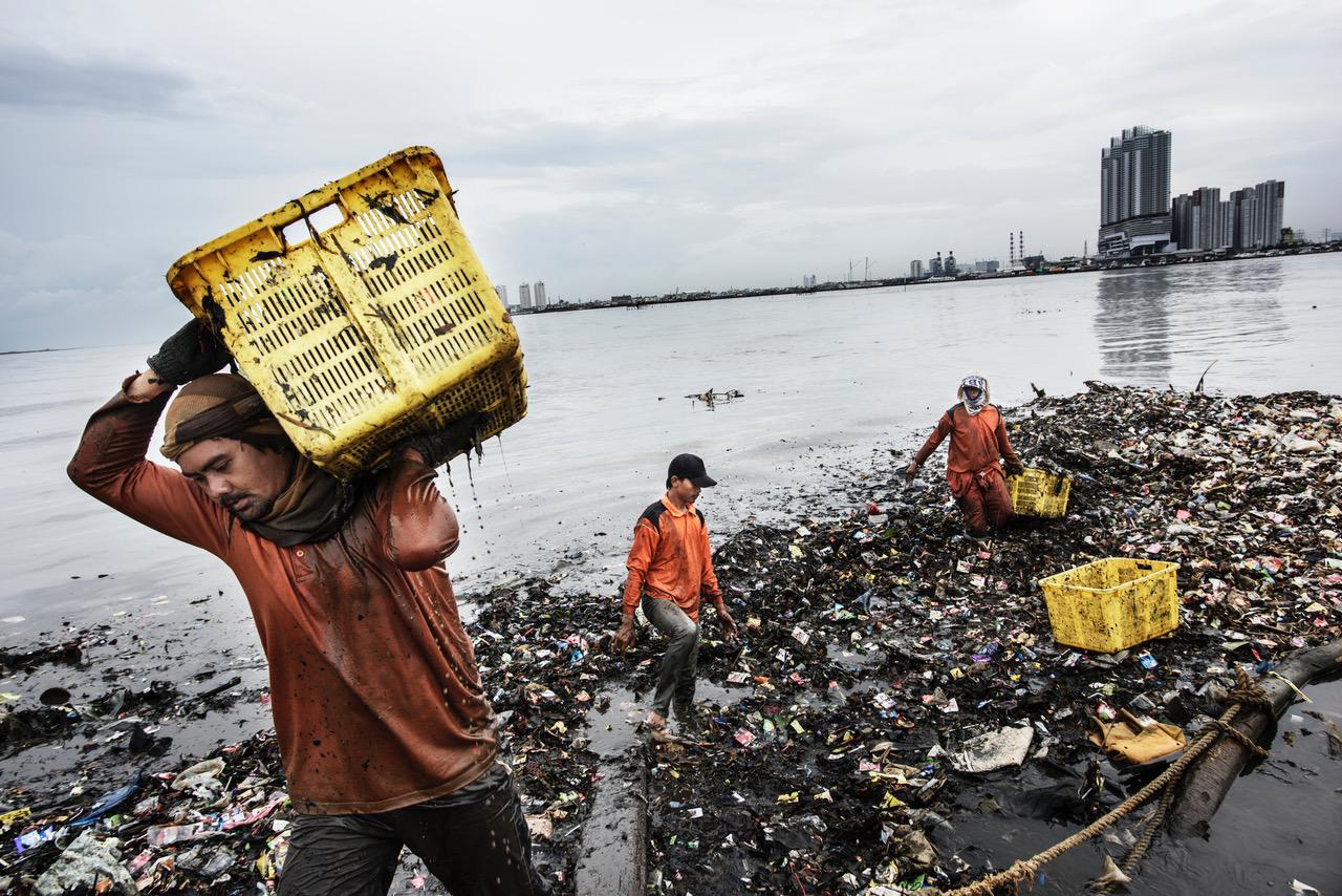 © Kadir van Lohuizen / Indonesia, Jakarta, 01 March 2016 NOOR Images