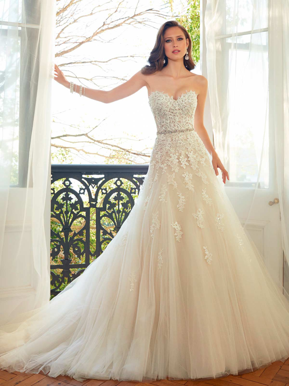 y11552_designerweddingdresses2015.jpg