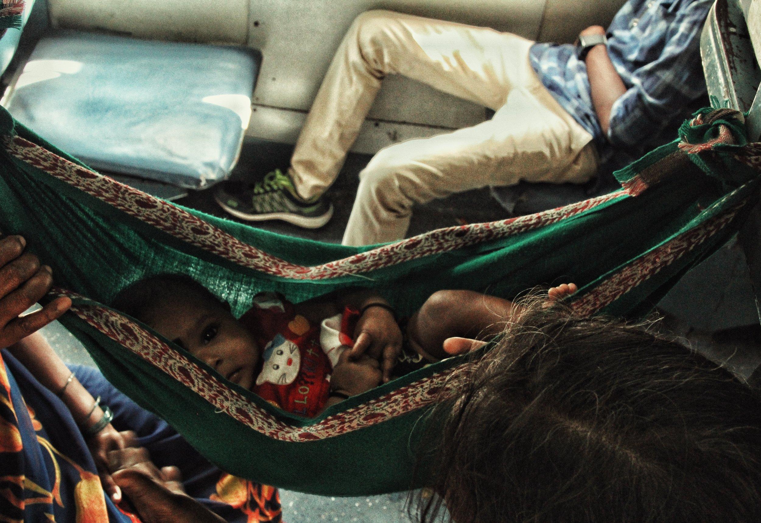 Sleeper class of an Indian train, Mumbai 2017