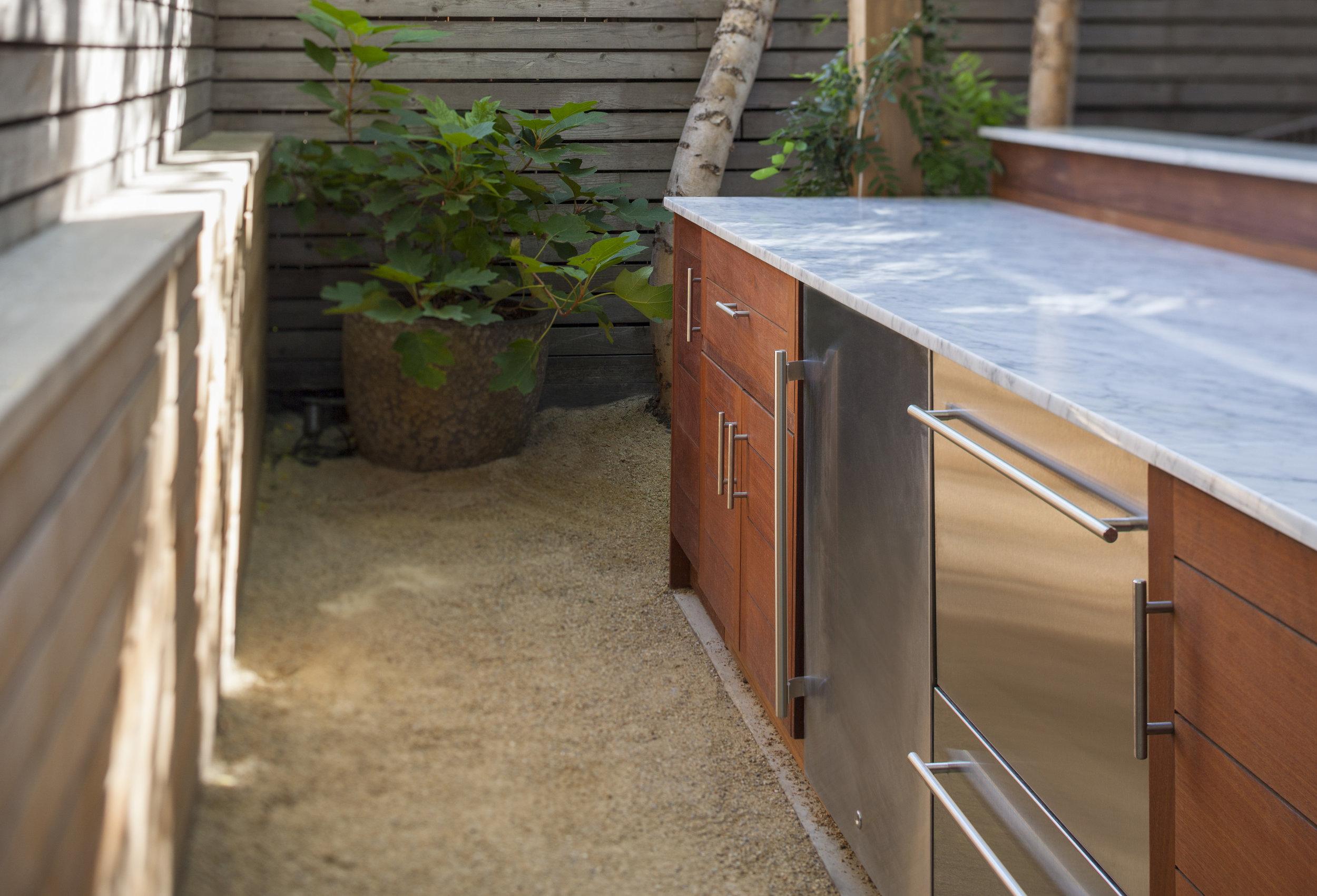 custom_outdoor_kitchen_nyc.jpg