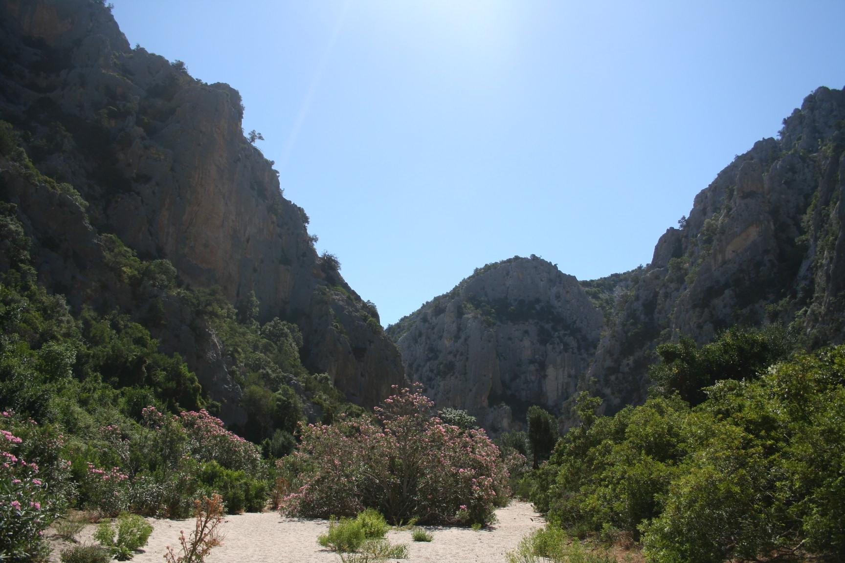 Towards Cala Luna