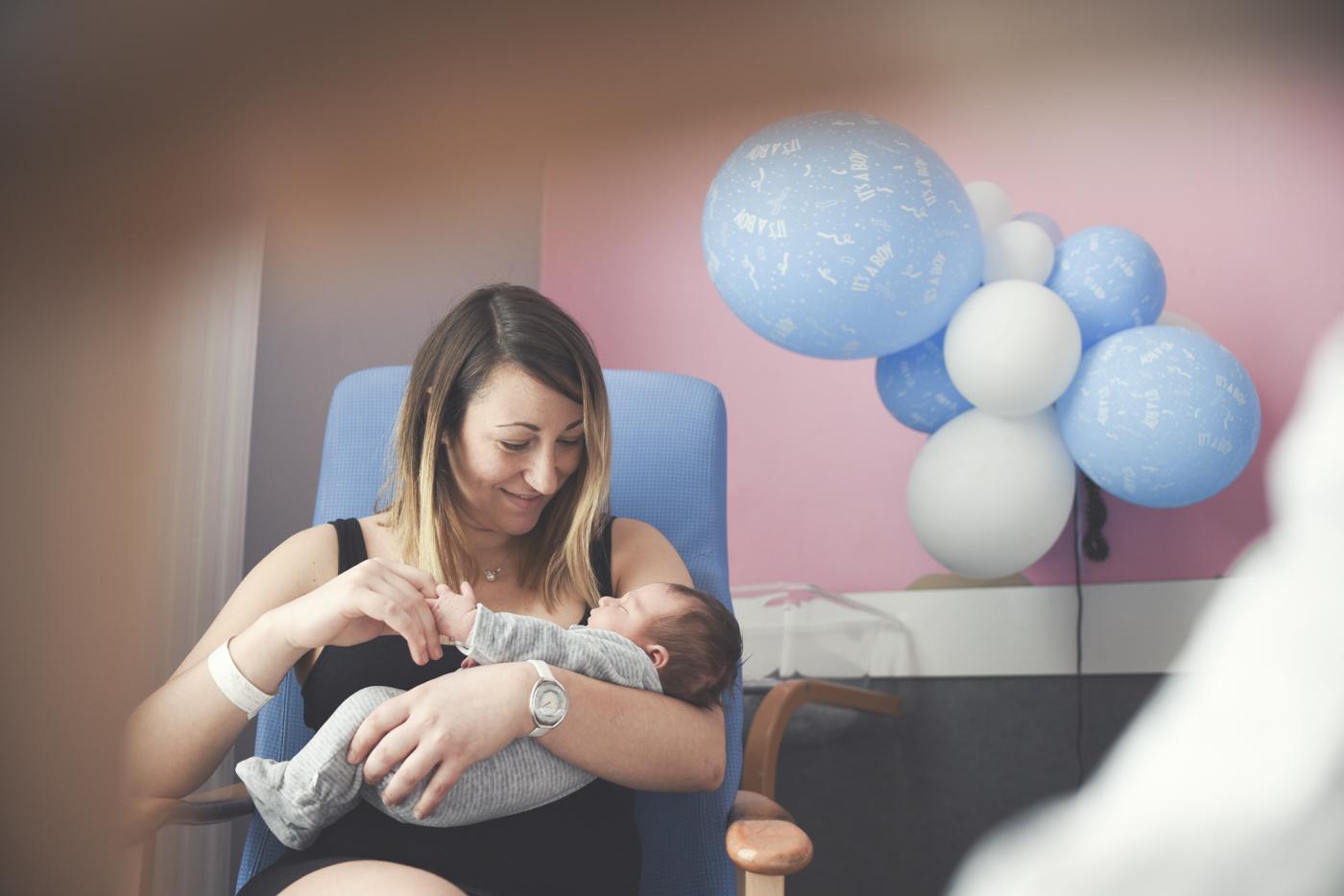 portfolio-fotos-bebes-recien-nacidos-ninos-mia-moments-hospitalbrugman-03.jpg